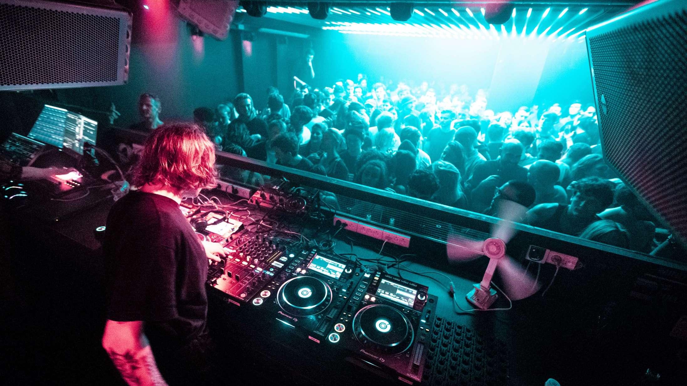 Danske natklubber er lukningstruede: »Alle skriger på en åbningsdato«