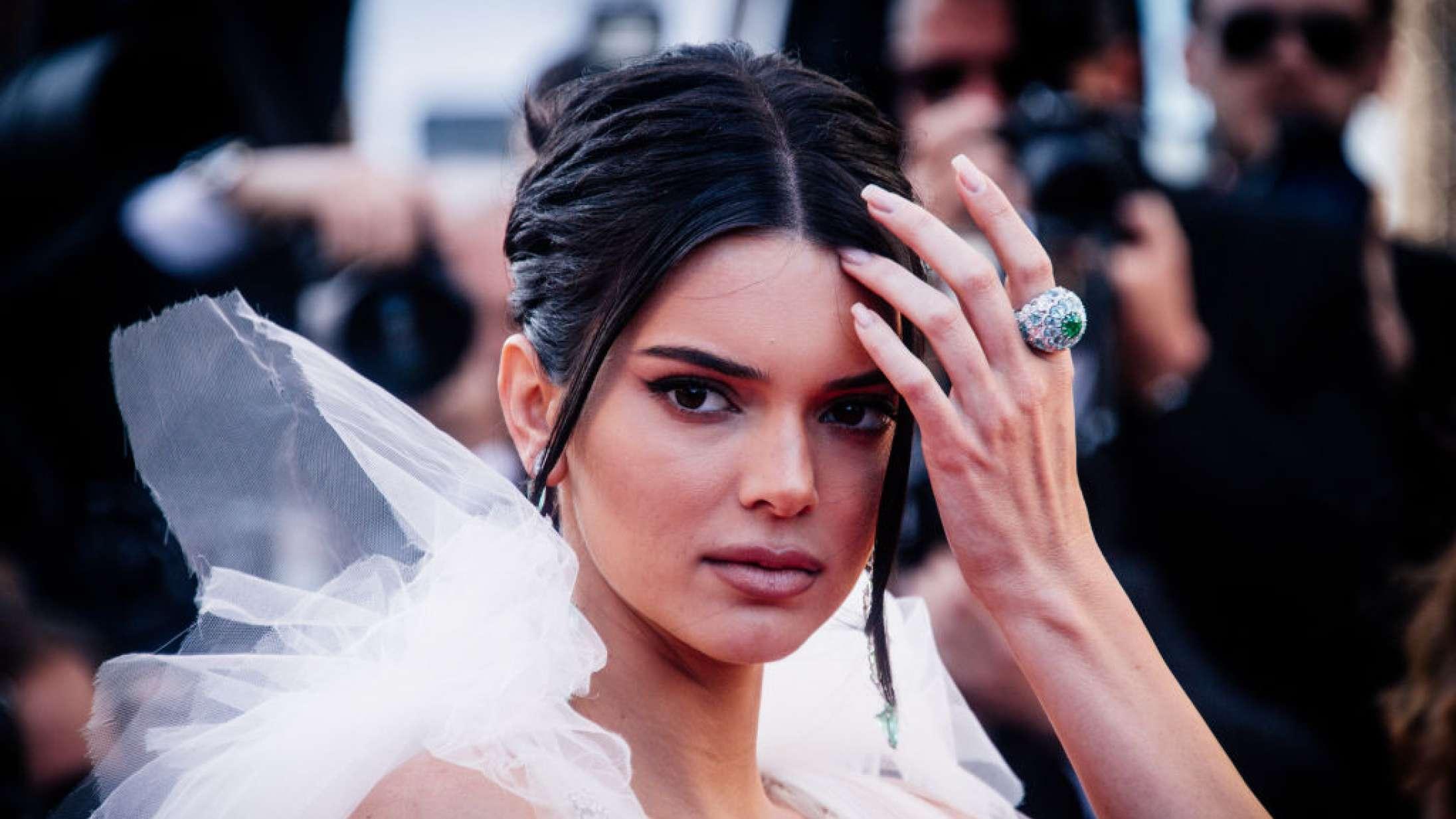 Kendall Jenner betaler over en halv million kr. tilbage af sin Fyre Festival-løn