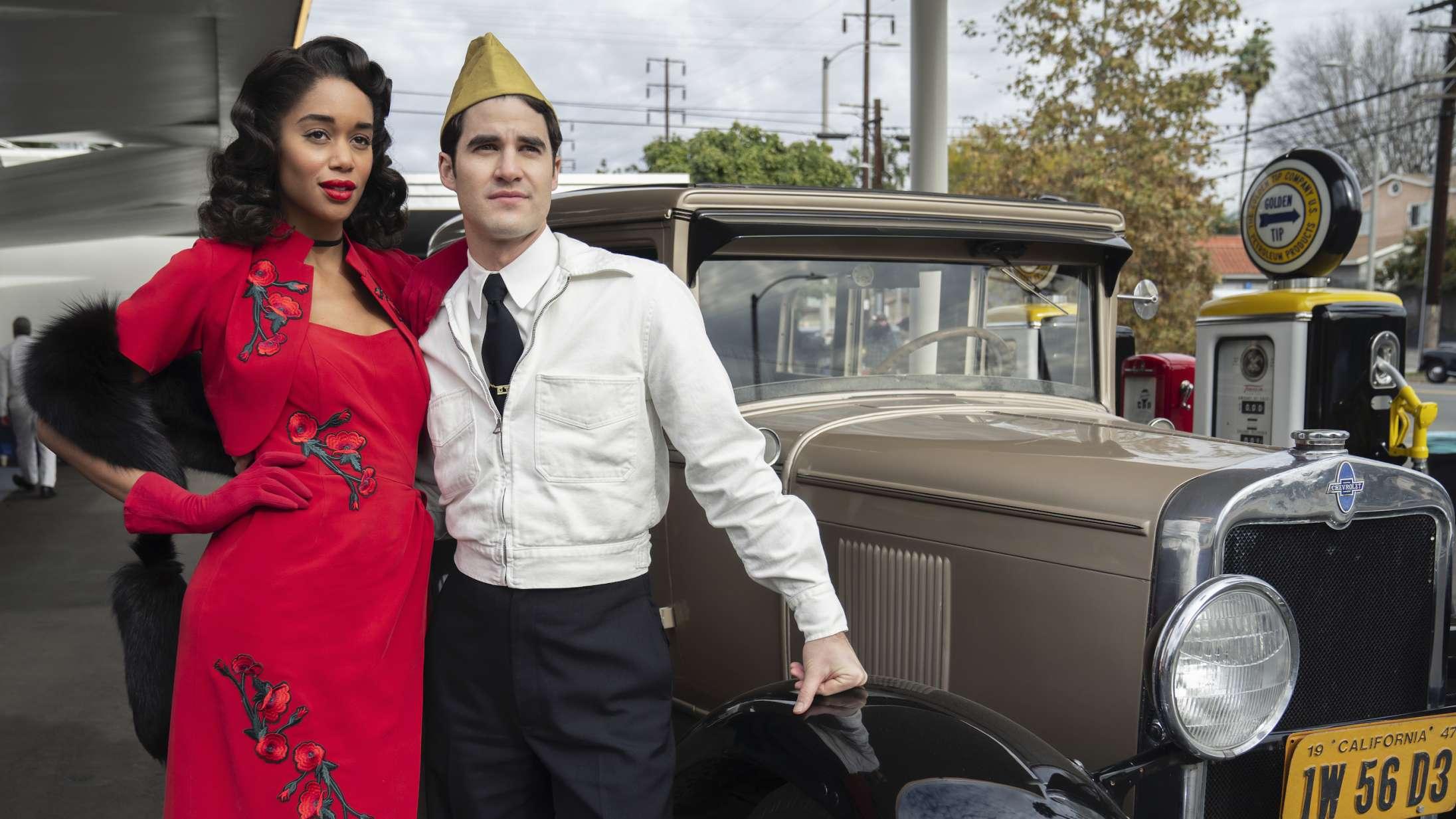 'Hollywood': Man genforelsker sig i filmhistorien med Ryan Murphys yderst bingeværdige Netflix-sag