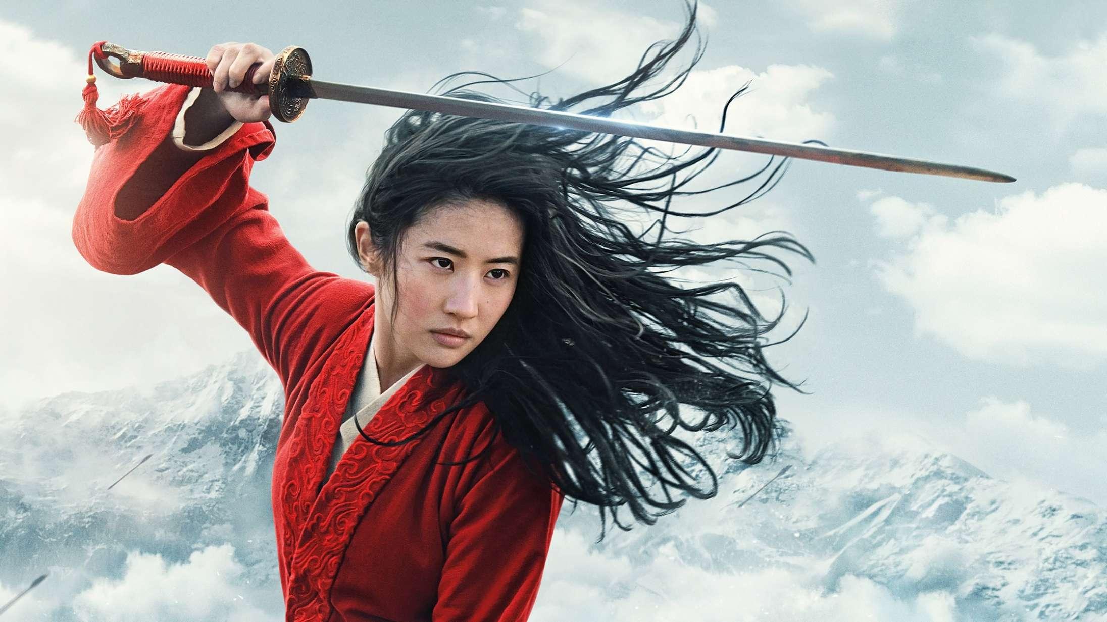 Rasende biografejer smadrer 'Mulan'-figur i viral video