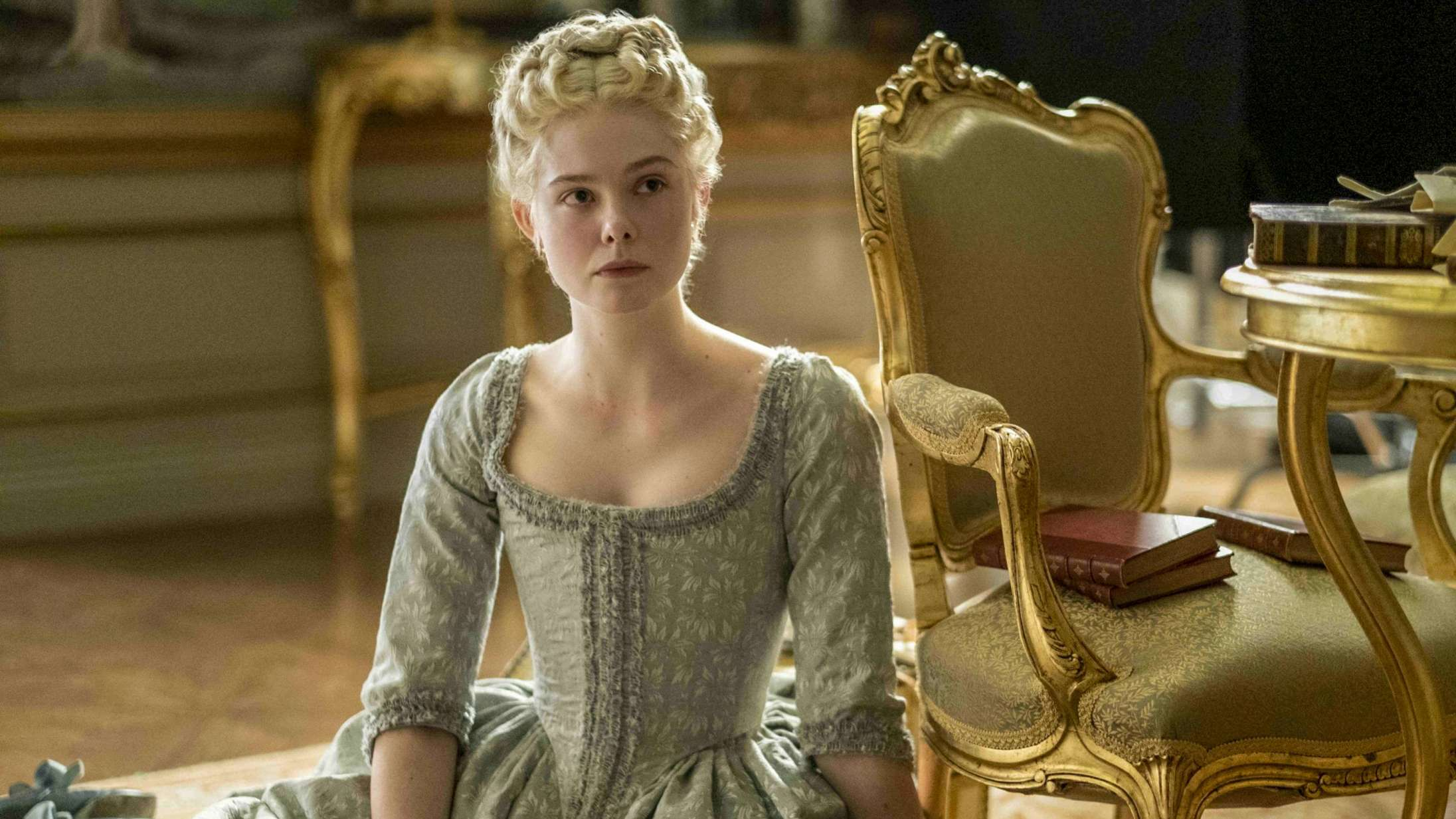 'The Great': Elle Fanning og Nicholas Hoult er i hopla i 'The Favourite'-beslægtet serie