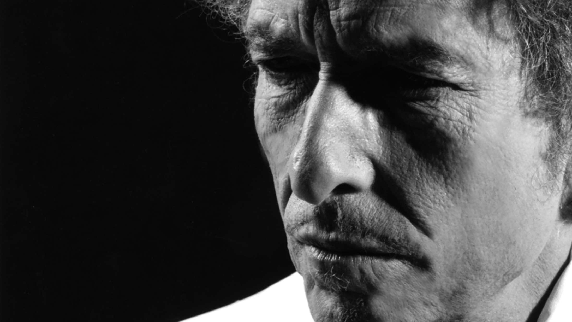 Seks årtier inde i karrieren har Bob Dylan begået endnu et hovedværk med 'Rough and Rowdy Ways'