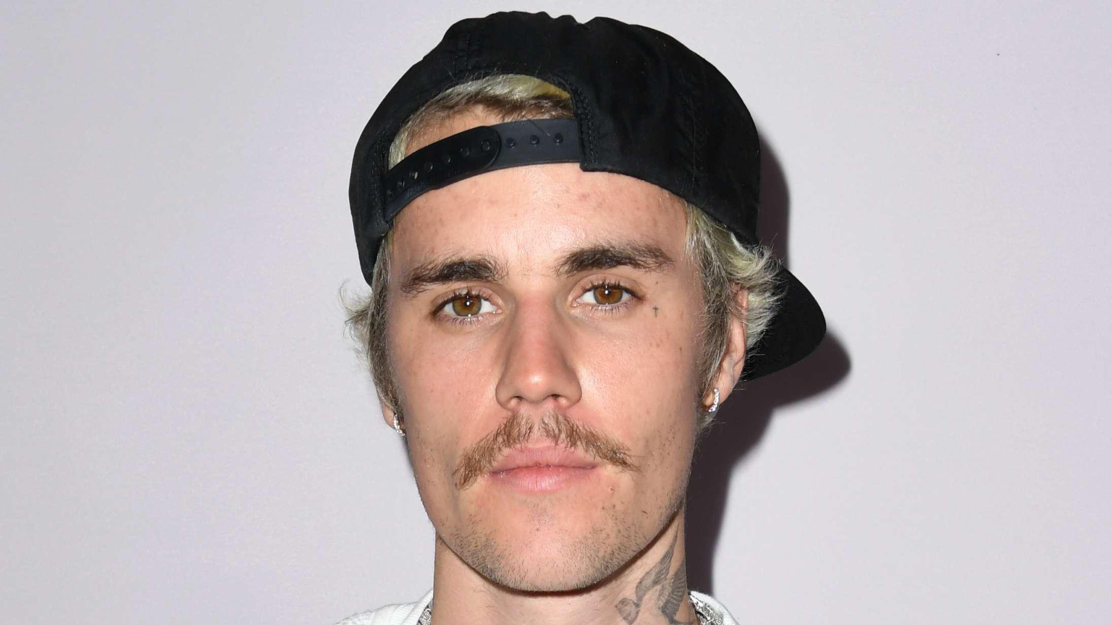 Justin Bieber forklarer, hvorfor han ikke længere bruger mobiltelefon
