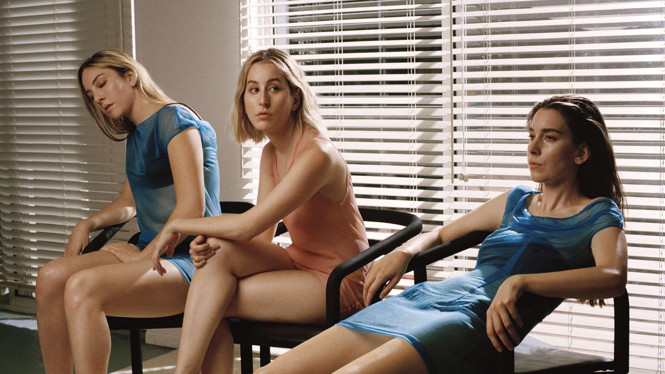 Haims 'Women in Music Pt. III' er selvsikkert, flabet og deres hidtil bedste album