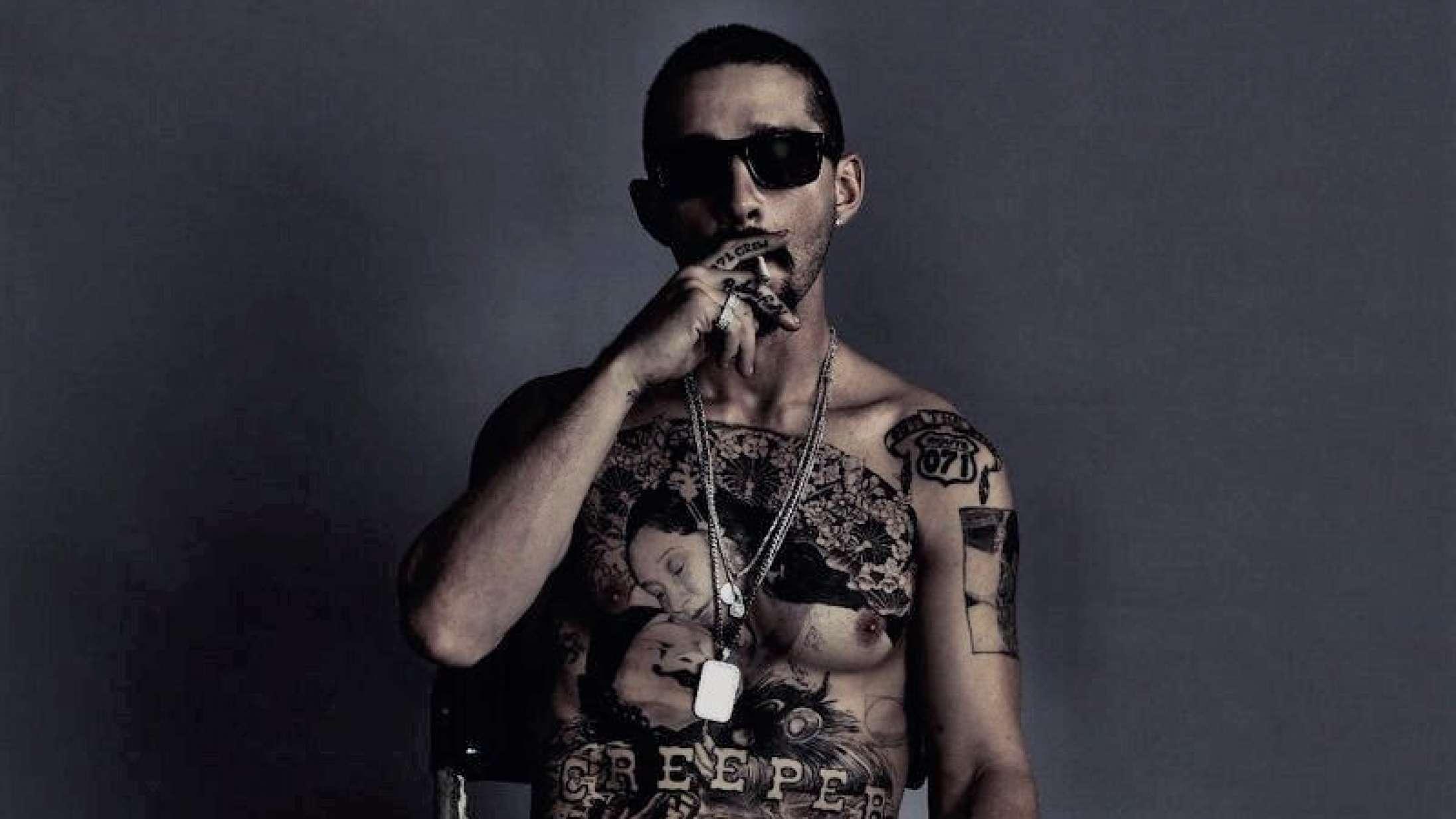 Shia LaBeouf har fået tatoveret hele sin overkrop til ny rolle