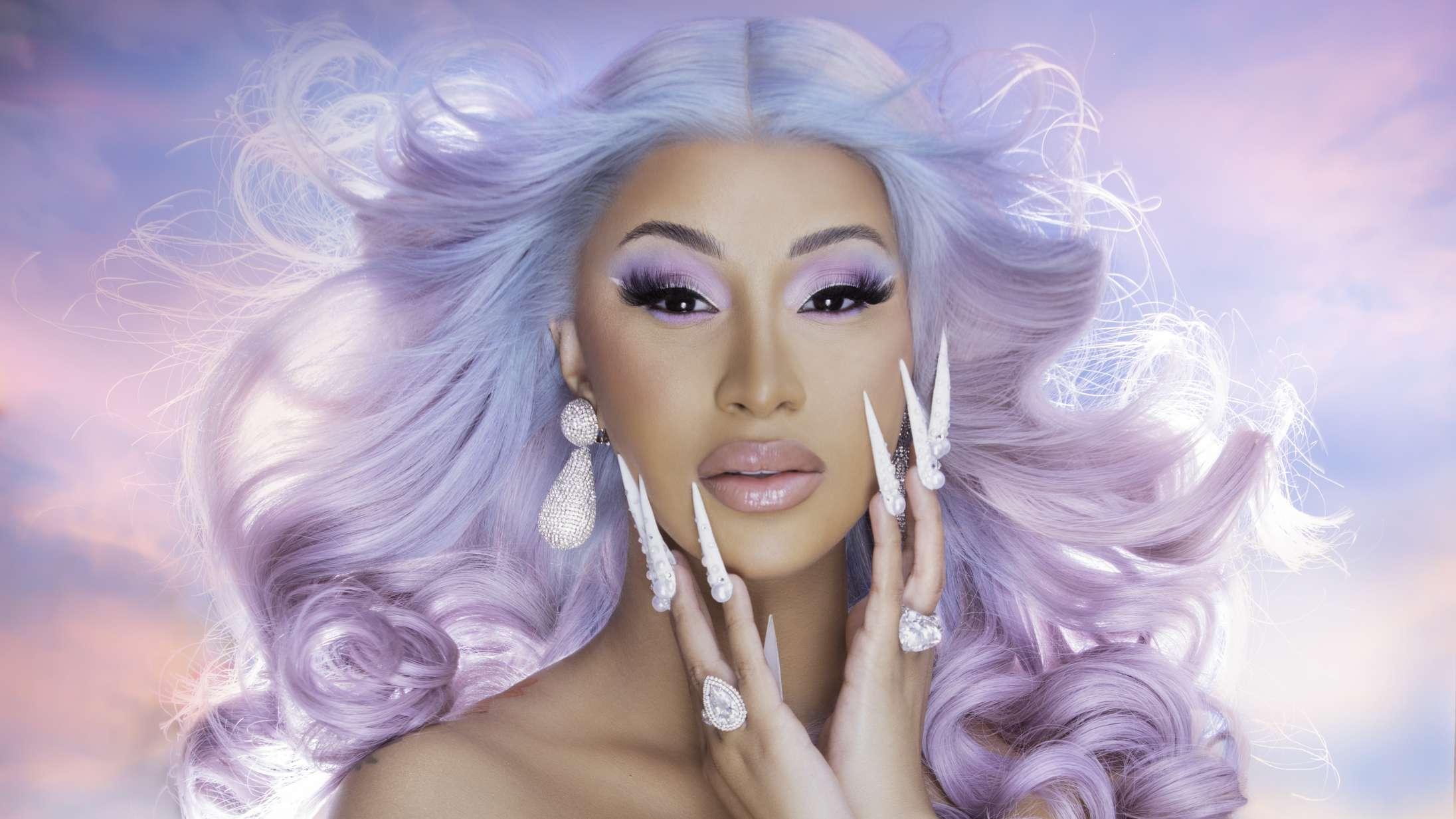 Cardi B går diamant med single som den første kvindelige rapper nogensinde