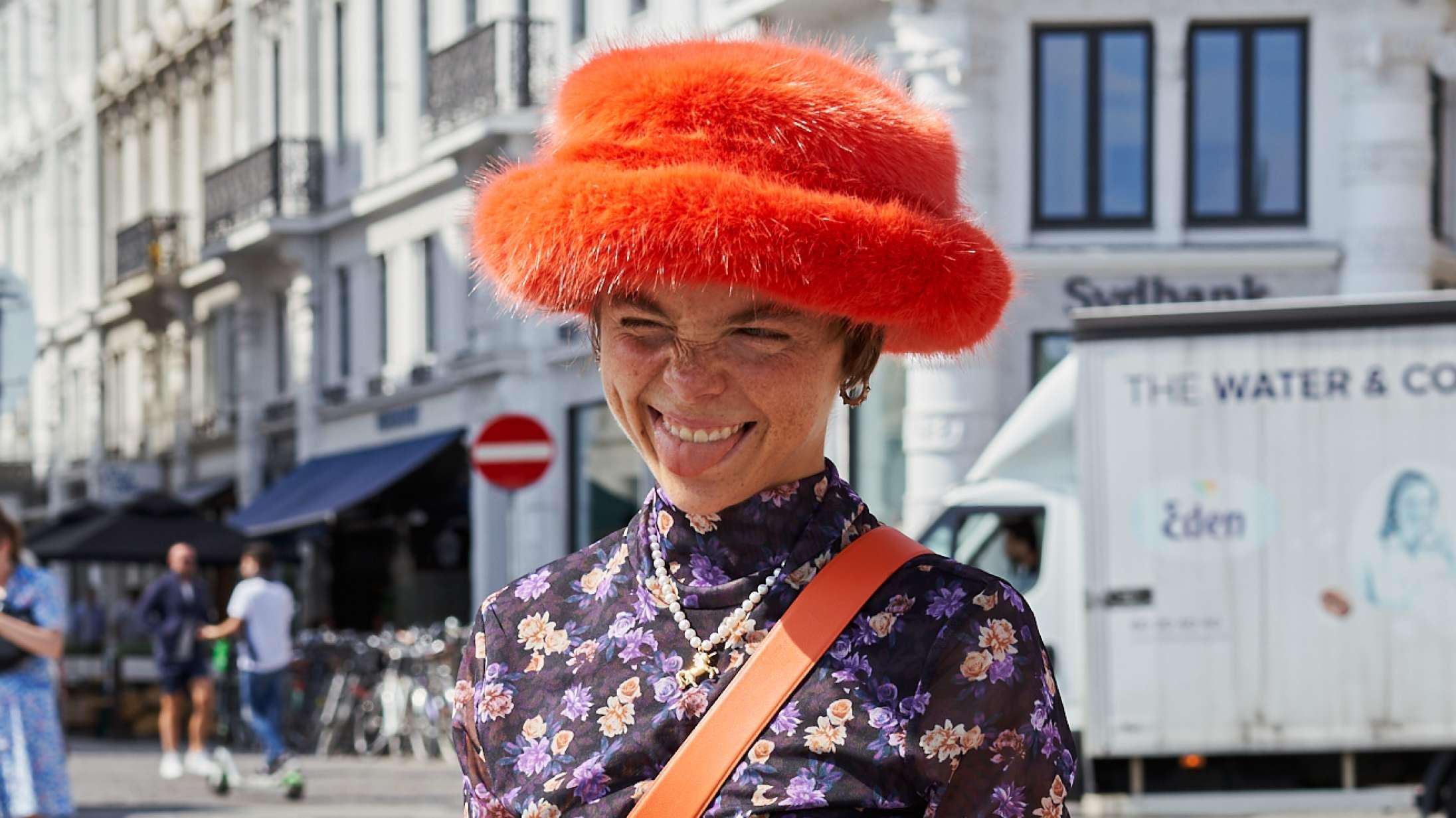 Street style: De sidste indtryk fra Copenhagen Fashion Week – farverigt, løst og luftigt