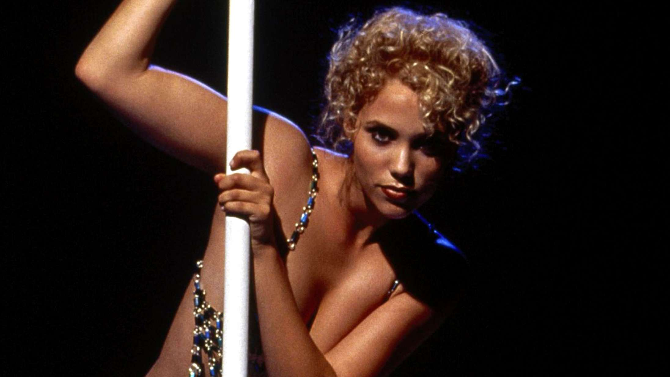 'You Don't Nomi': Dokumentar om den notorisk ringe 'Showgirls' er selv stærkt seværdig