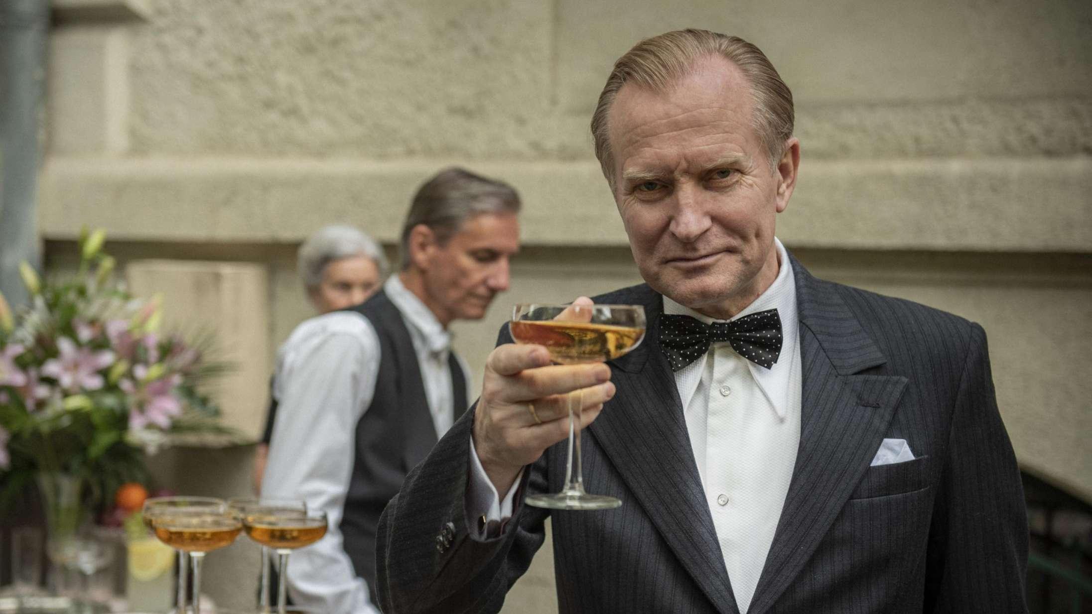 'Vores mand i Amerika': Ulrich Thomsens komplekse helt fascinerer i ny dansk film