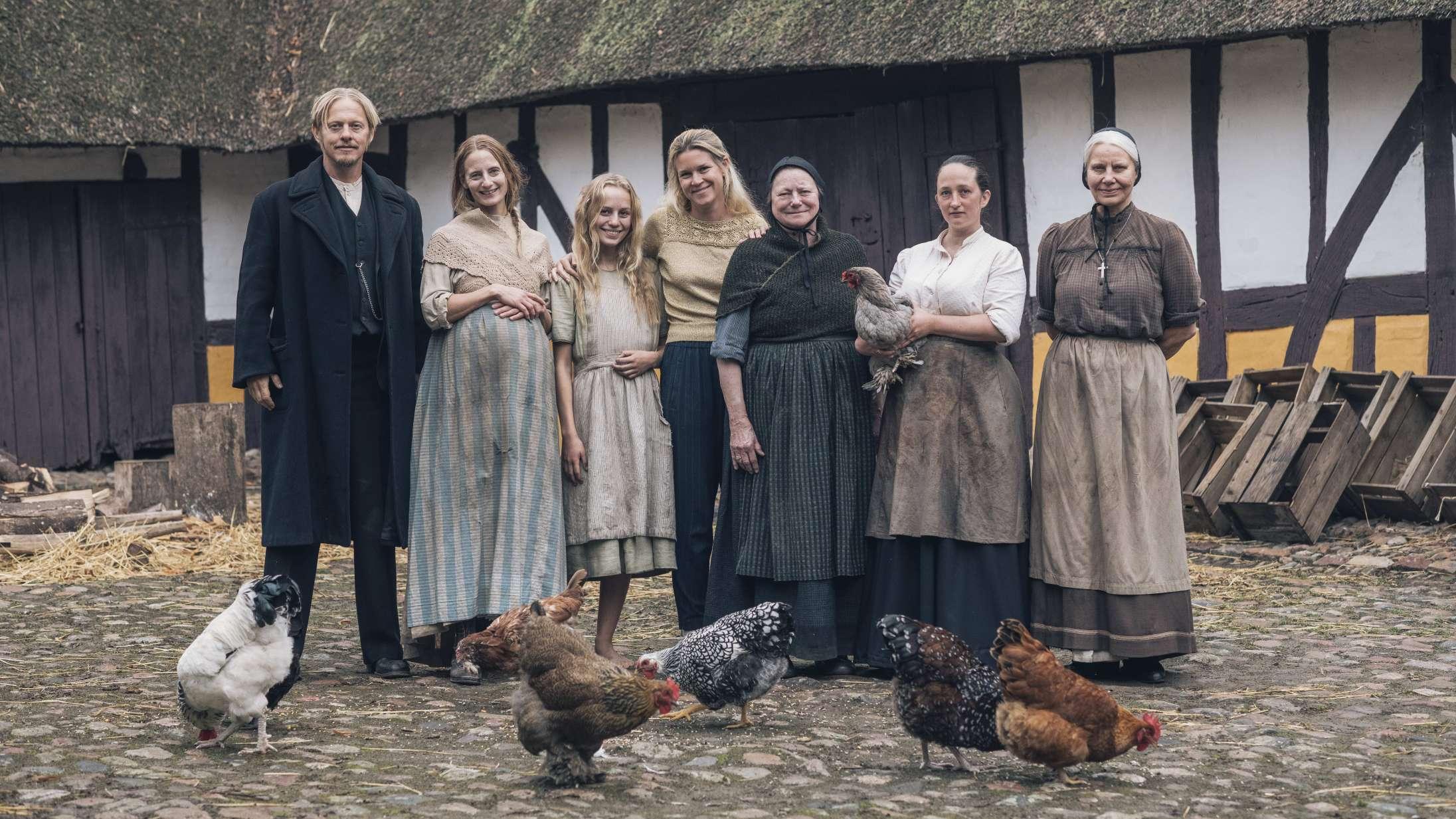 Tea Lindeburg står bag stor Netflix-serie – og nu instruerer hun sin debutfilm baseret på dansk klassiker