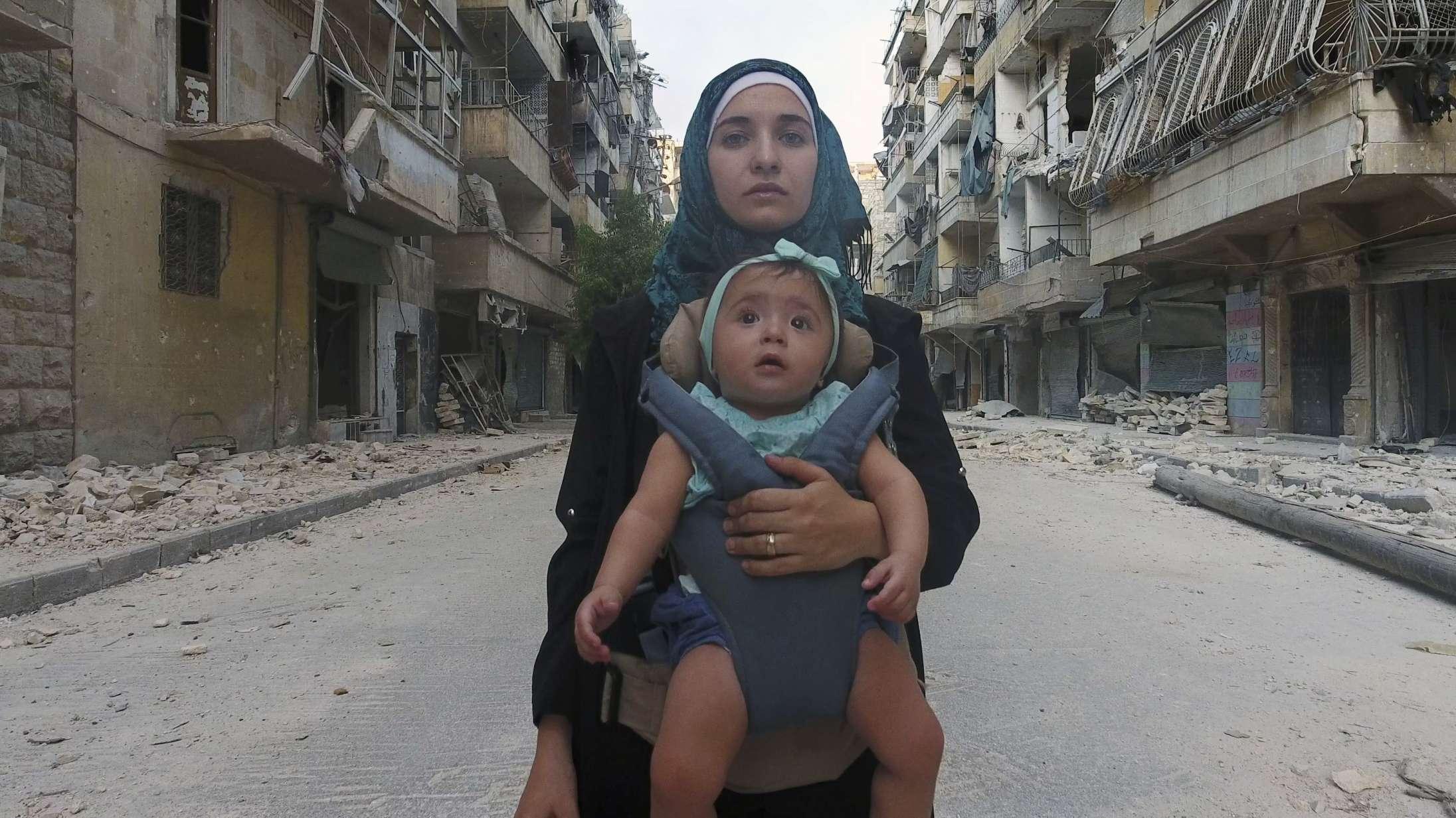 'Til Sama': Uafrystelig øjenvidneberetning fra Syrien knuser dit hjerte