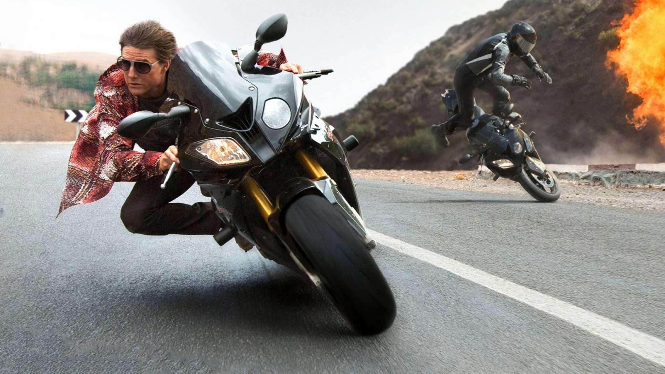 Tom Cruise lavede 13.000 motorcykelhop og 500 skydives for at træne til 'Mission: Impossible 7'