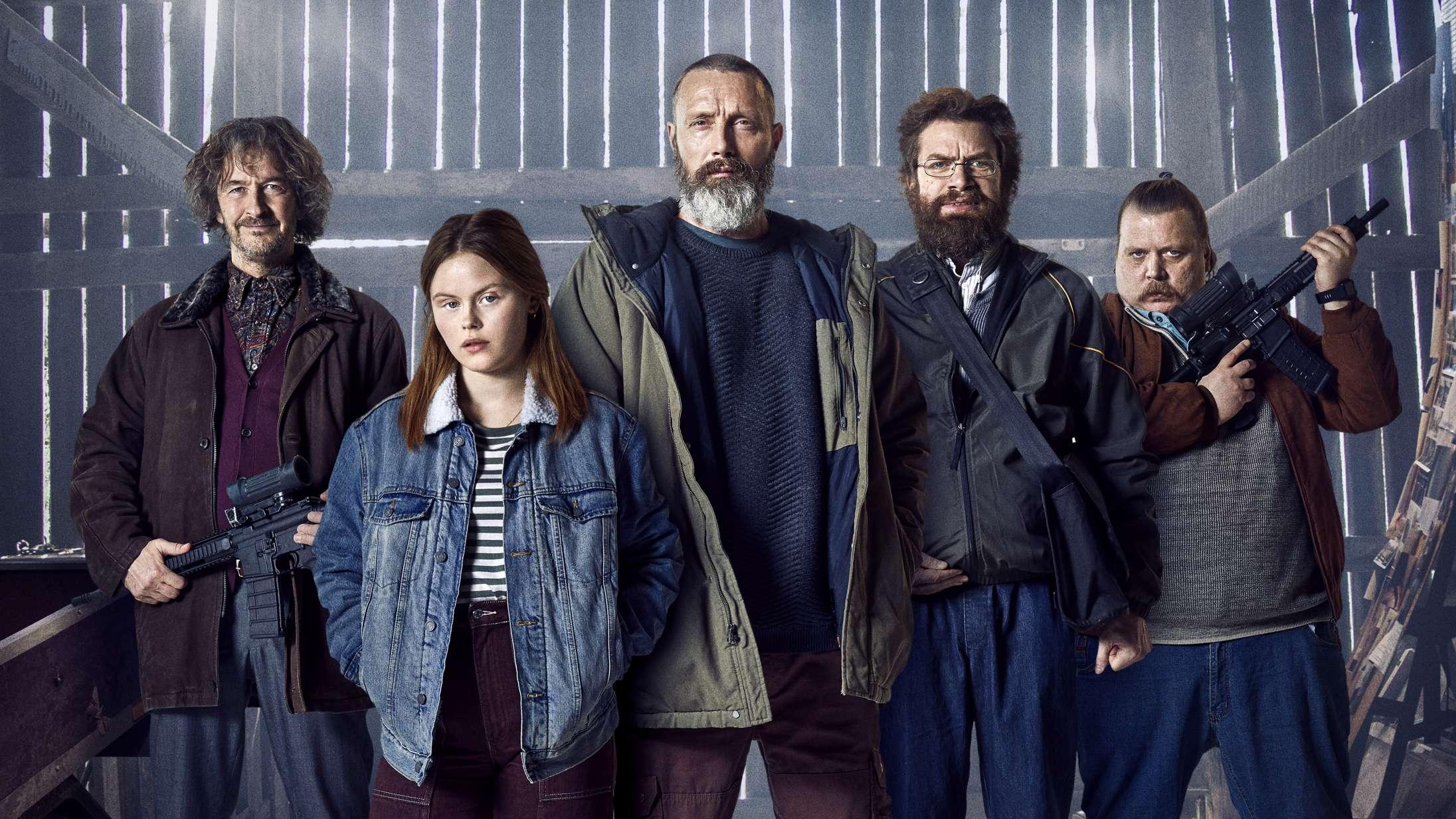 Anders Thomas Jensens  'Retfærdighedens ryttere' kommer hurtigere til biograferne end planlagt – se det nye klip fra filmen