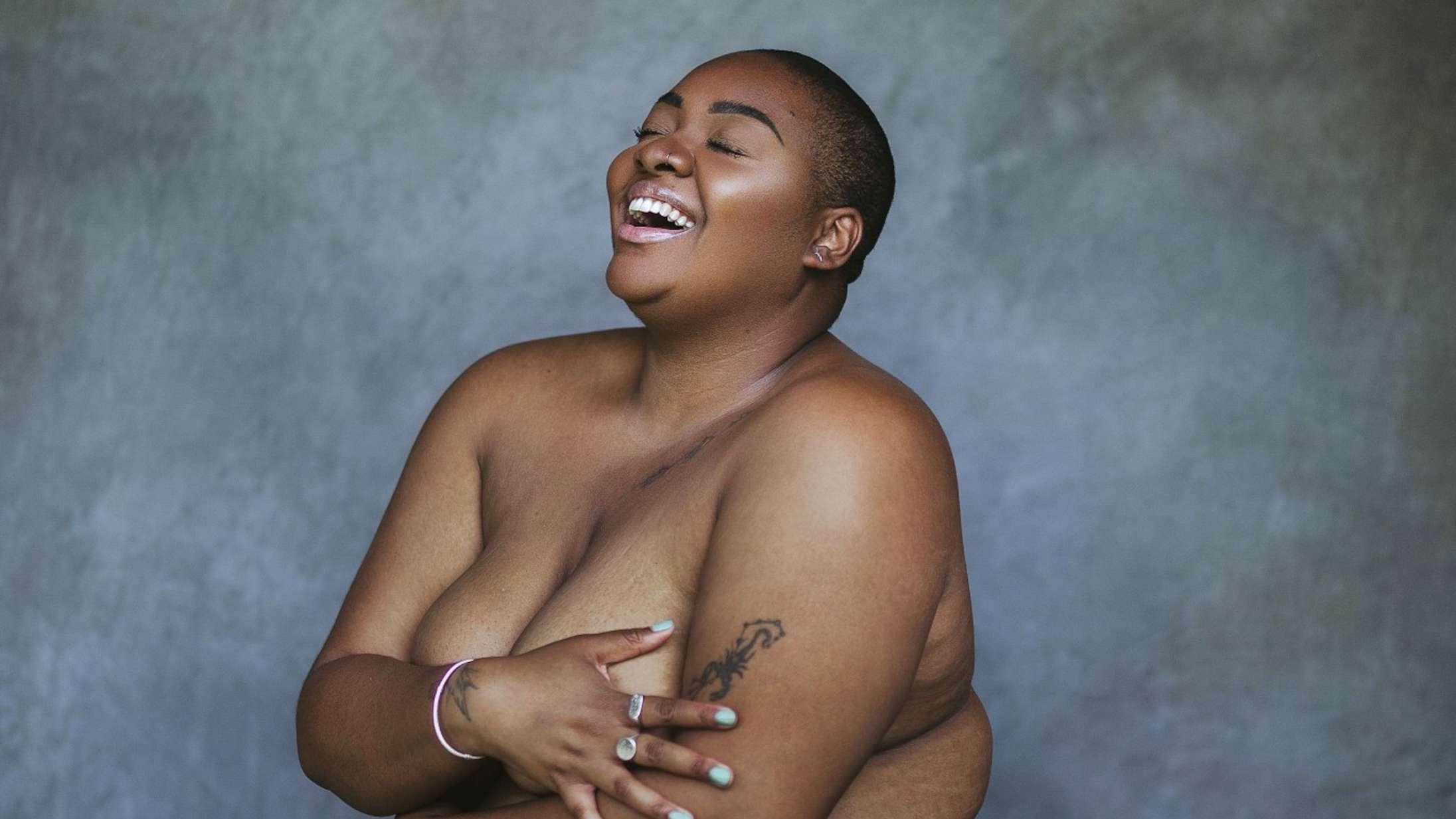 Instagram undskylder: Ændrer kontroversiel politik for billeder med nøgne, sorte kvinder