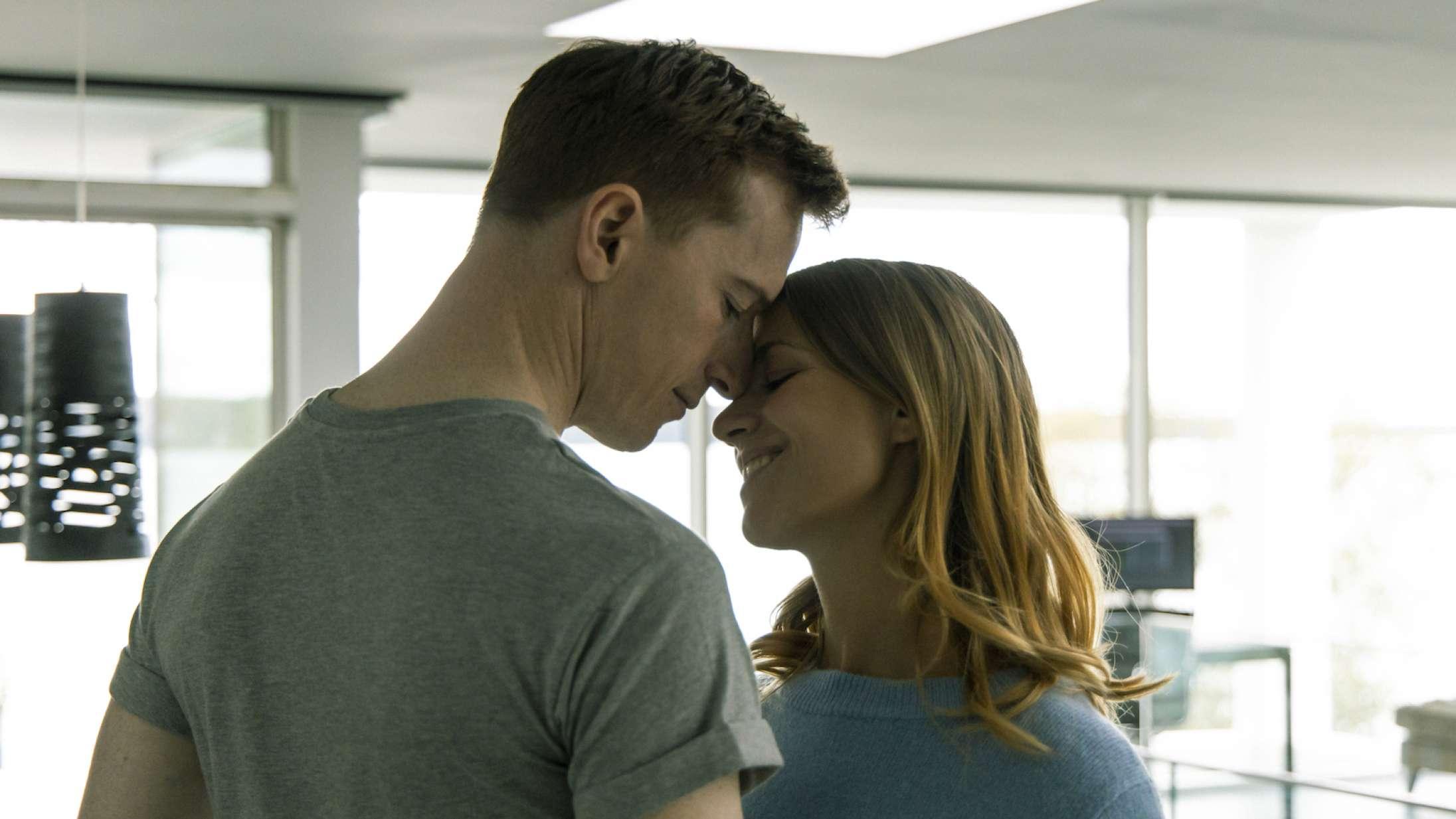 Disse film skal du streame i november – fra Amy Adams på Oscar-jagt til brutalt dansk gys