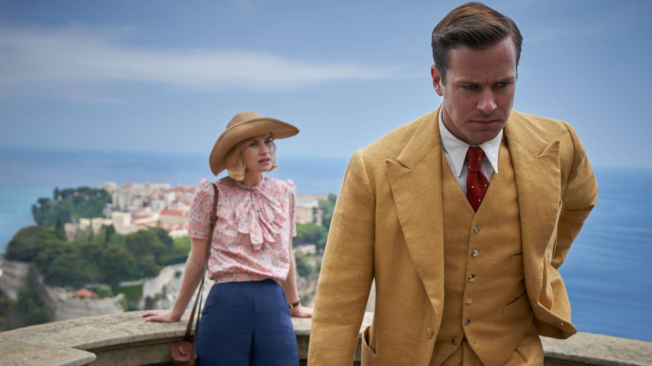 'Rebecca': Armie Hammer og Lily James har chokerende lidt kemi i ny Netflix-film