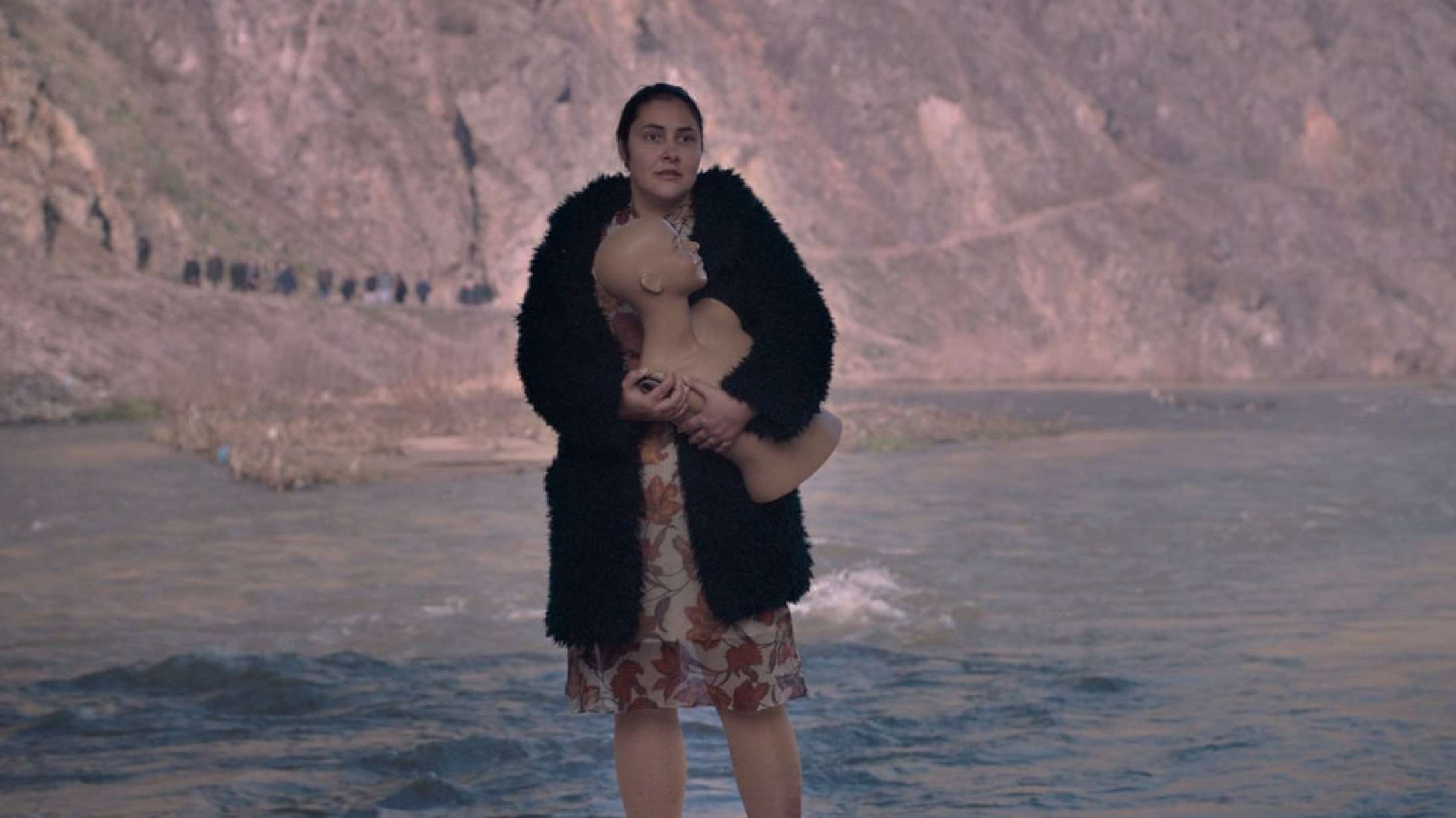 'Gud eksisterer, hendes navn er Petrunya': Satire om 32-årig slacker er ikke hverdagskost på det store lærred