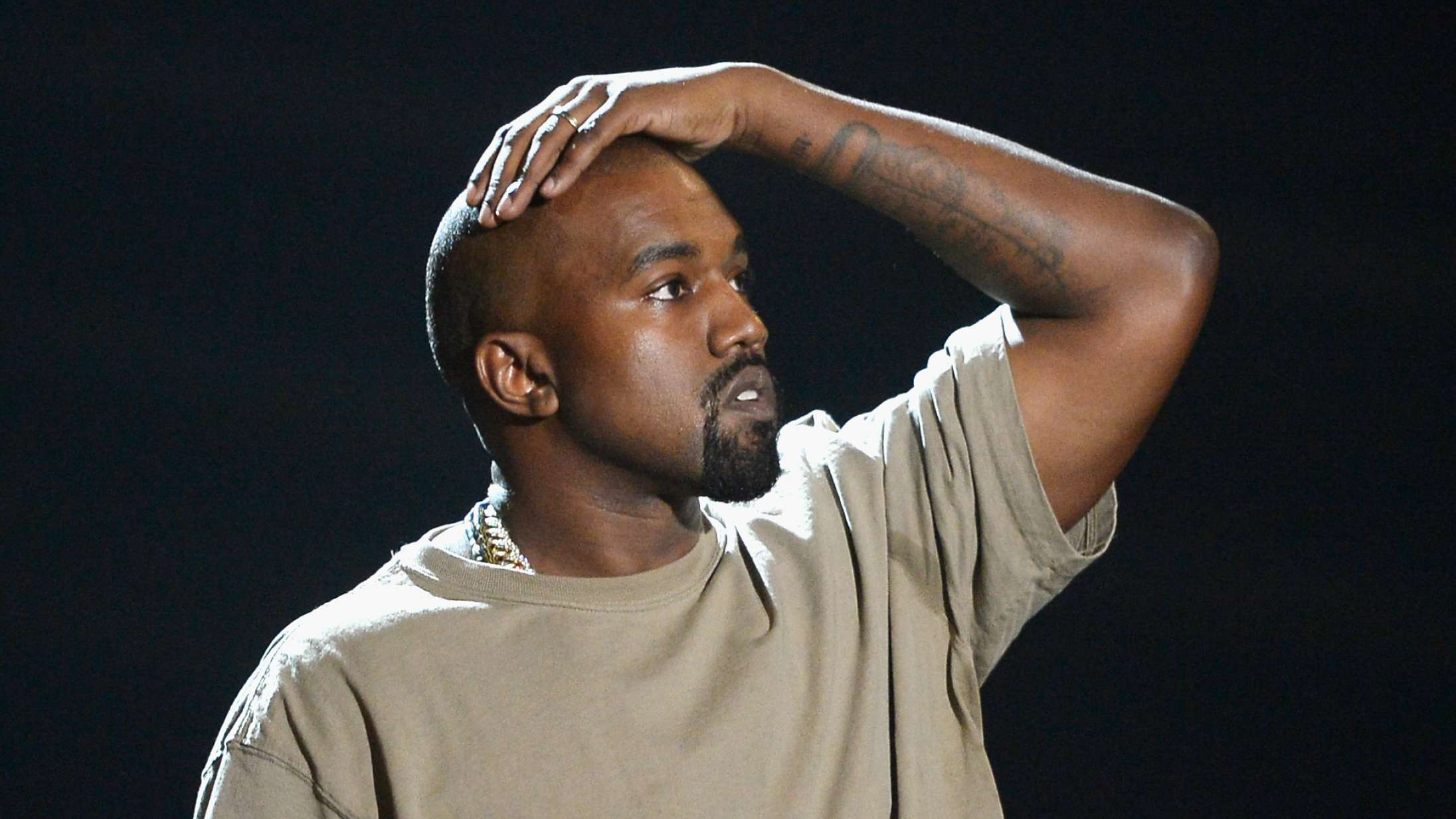 Gurli Gris retter skytset mod Kanye West med 'Donda'-sviner på Twitter