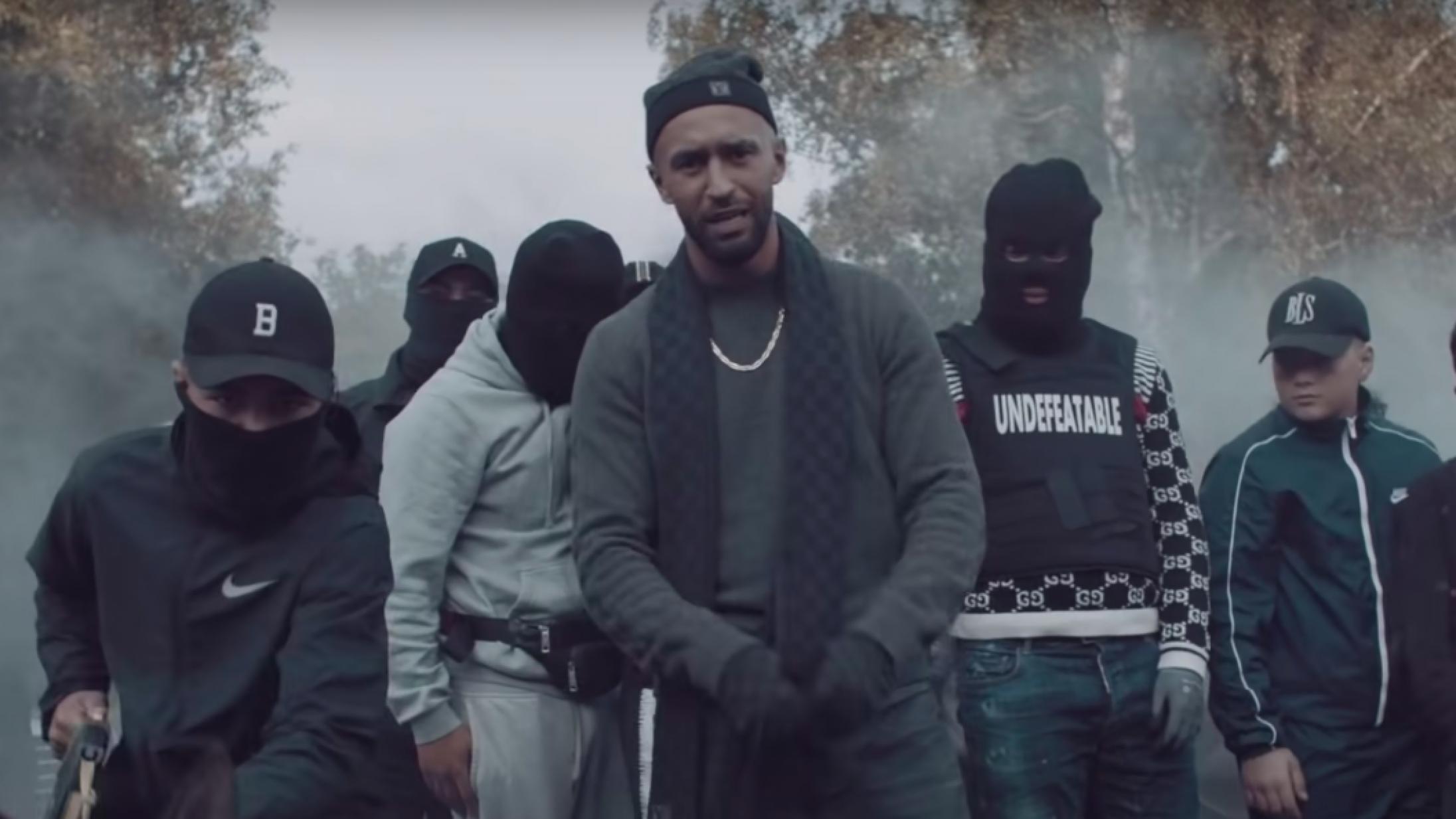 Rapperen Chatle forsvarer kontroversiel musikvideo: »Sådan er det i Vollsmose«