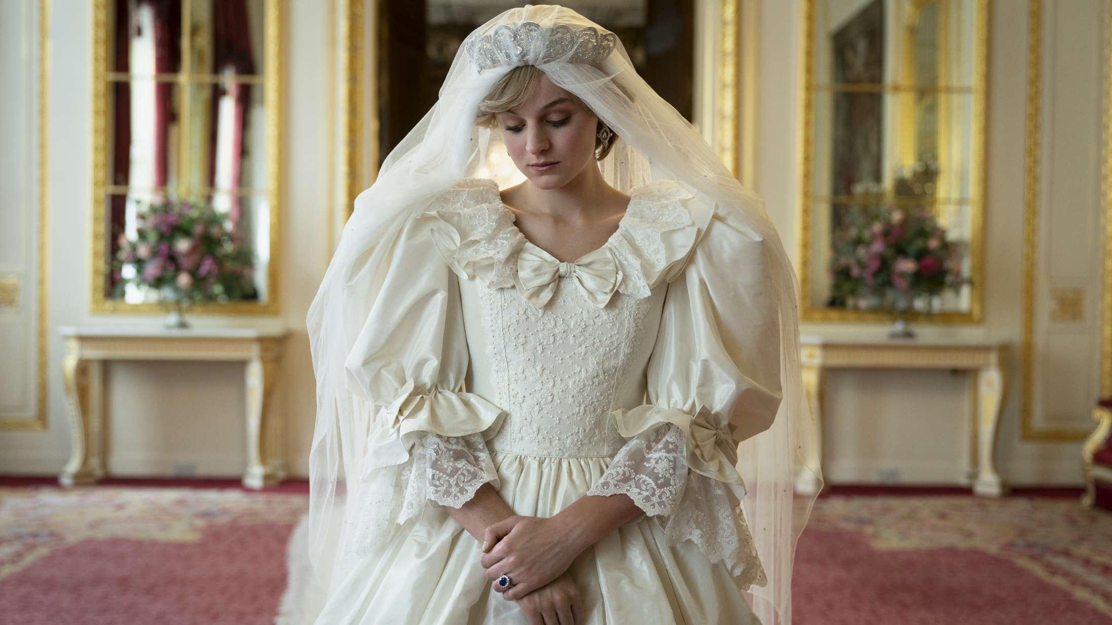 'The Crown' sæson 4: Prinsesse Diana er det helt store scoop i ny sæson af Netflix' royale flagskib