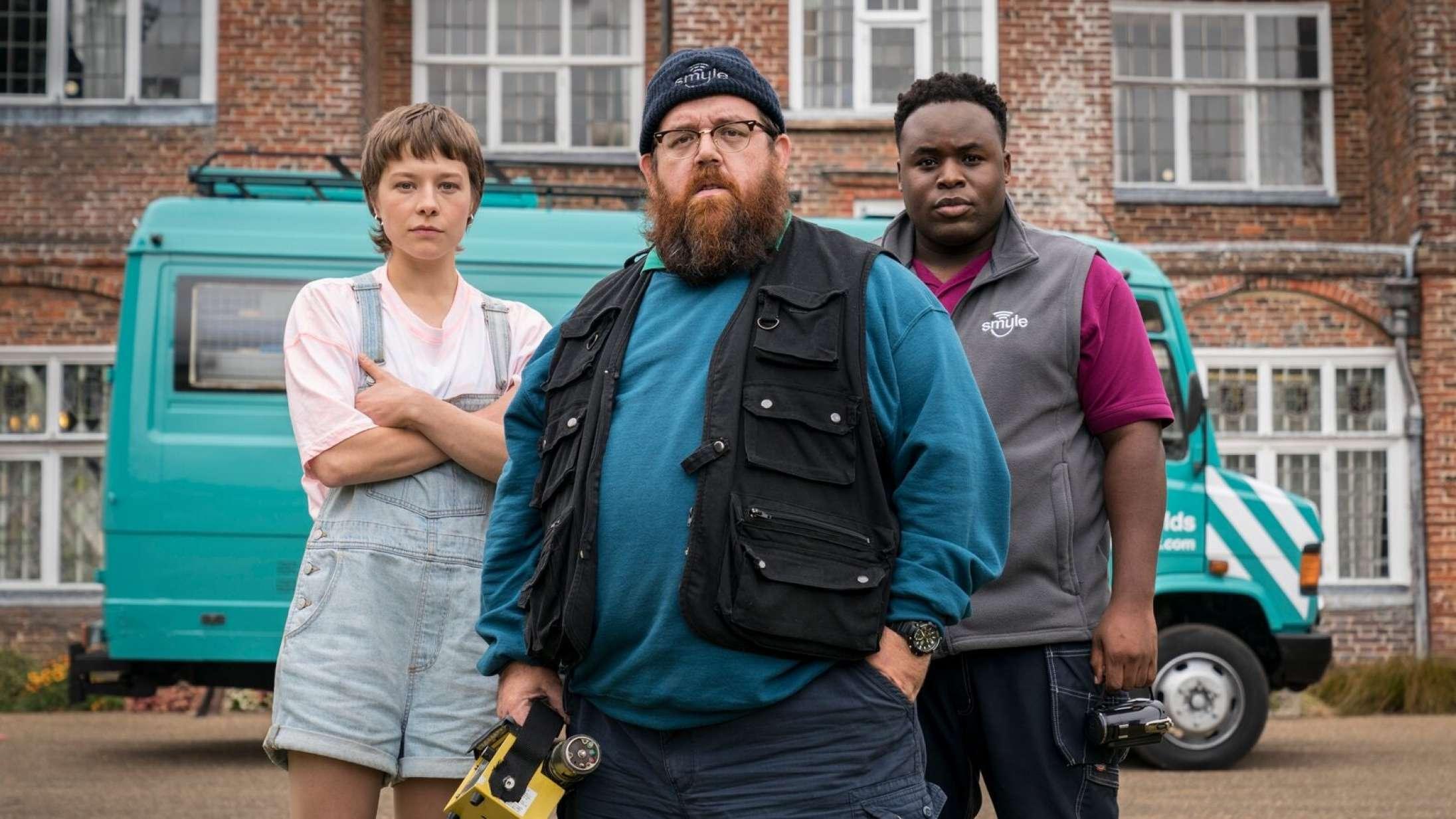 'Truth Seekers': Spøgelsesserie med Simon Pegg og Nick Frost bliver bedre og bedre undervejs