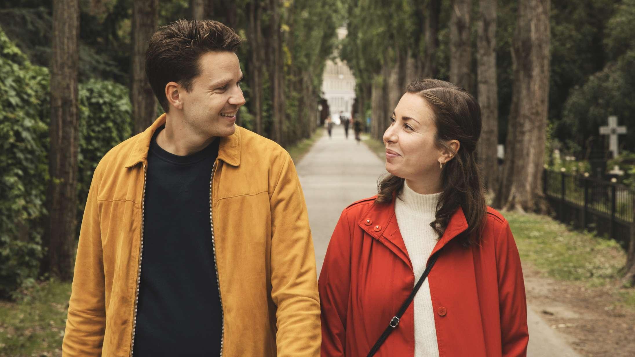 Julie og Jesper overkom 30-års-krisen med deres egen serie – nu takker de af for denne gang