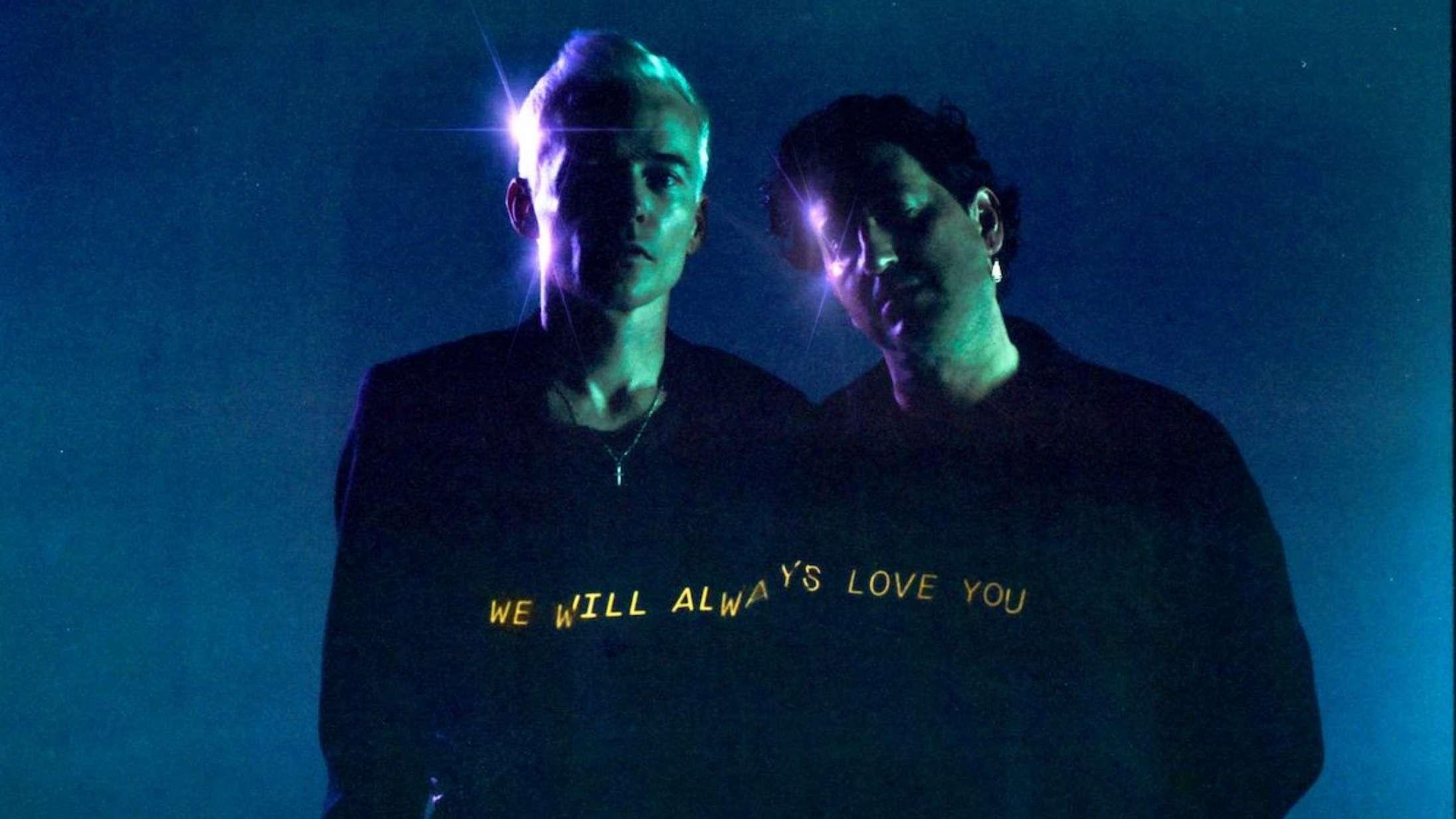 Kultduoen The Avalanches udforsker efterlivet på den neopsykedeliske 'We Will Always Love You'