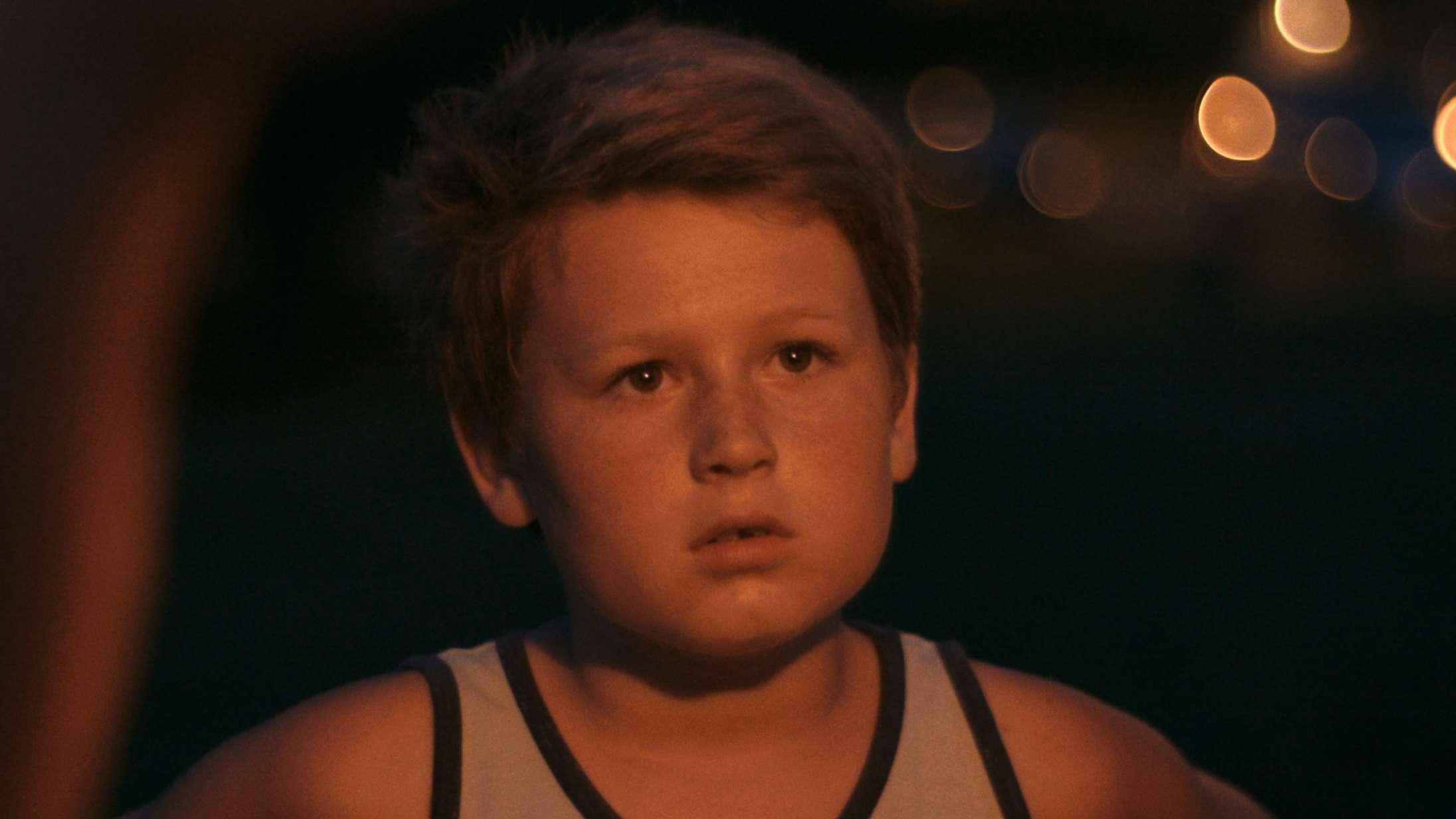 'Bag skyerne': DR-dokumentar om sorg sætter sig ærligt og umiddelbart i børnenes sted