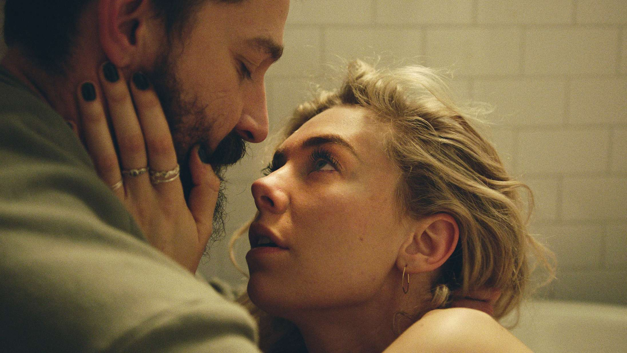 'Pieces of a Woman': Vanessa Kirby er simpelthen sublim i ny Netflix-film