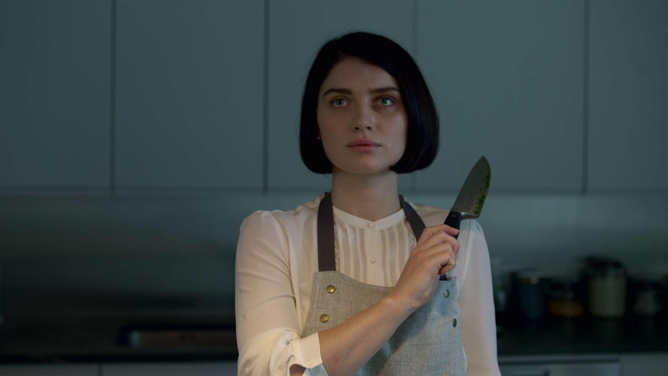 'Behind Her Eyes': Twist hæver Netflix-thrillerserie til guilty pleasure-niveau