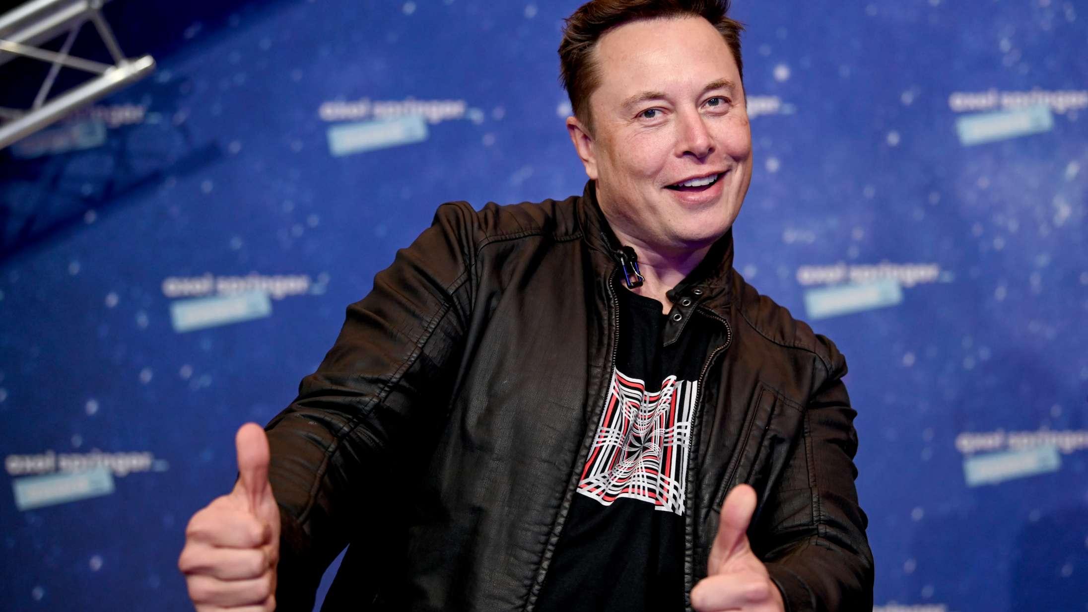Se Elon Musk tage pis på sine ustyrlige tweets og sin søns navn i 'Saturday Night Light'-debut