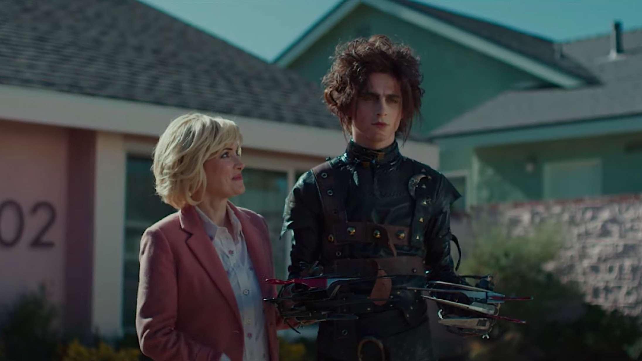 Timothée Chalamet giver den som Edward Saksehånds stakkels søn i Cadillac-reklame