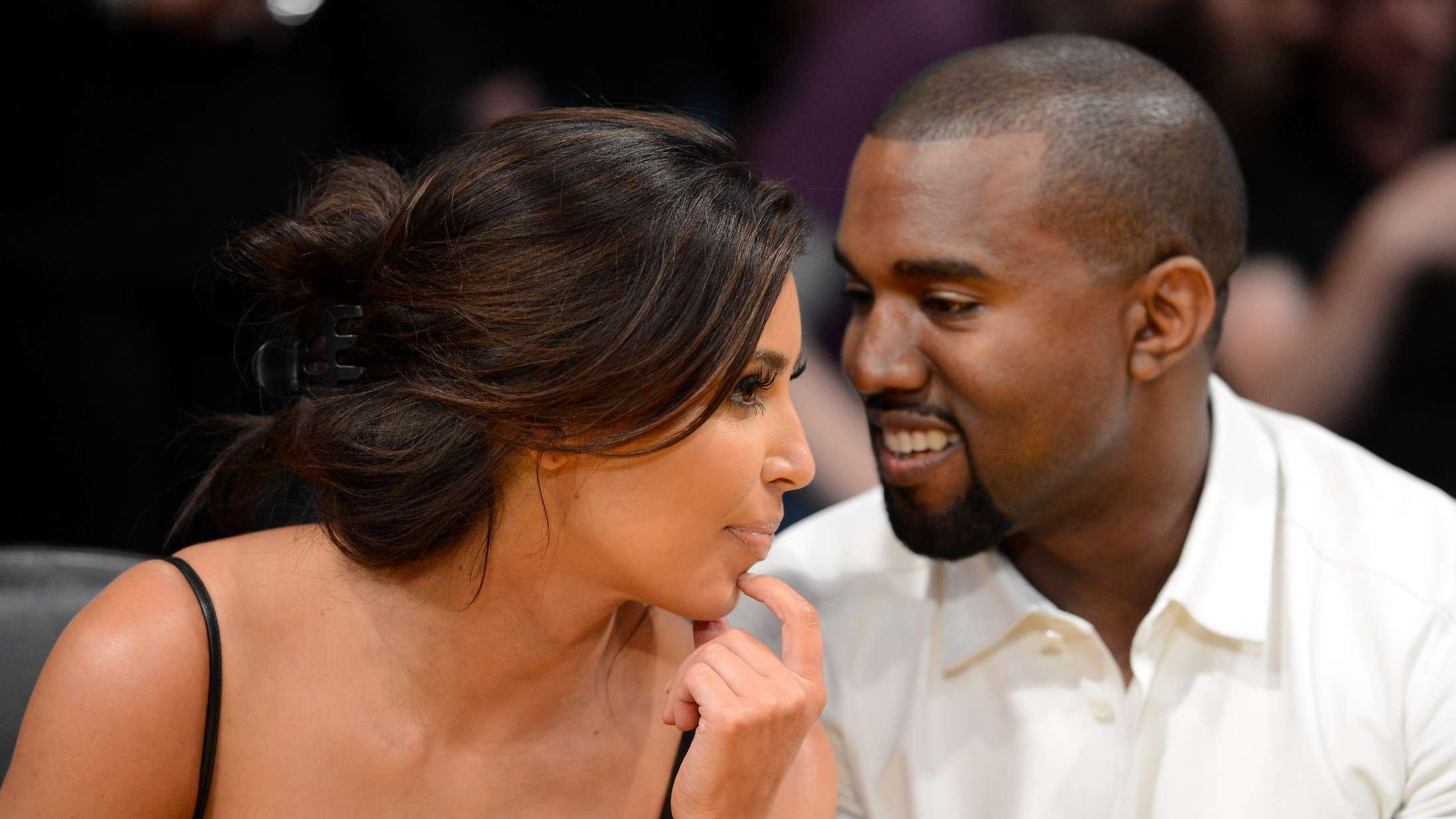 Kim Kardashian prøvede at vriste skovlen ud af Kanyes hænder, mens han gravede sin egen grav dybere