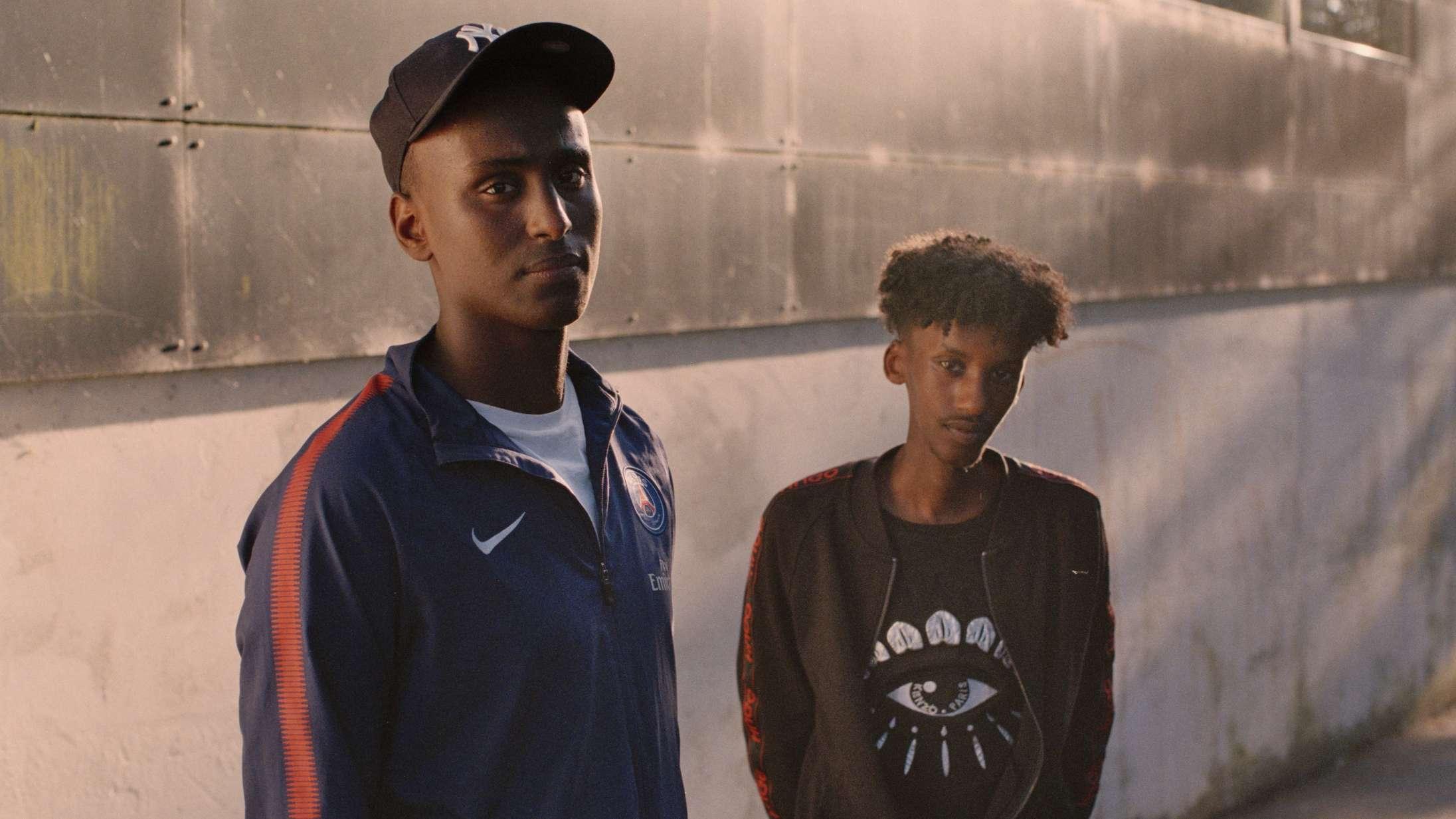 DR-serien 'Ghettostjerner' er intet mindre end en øjenåbner, hvis man vil forstå ung dansk gaderap