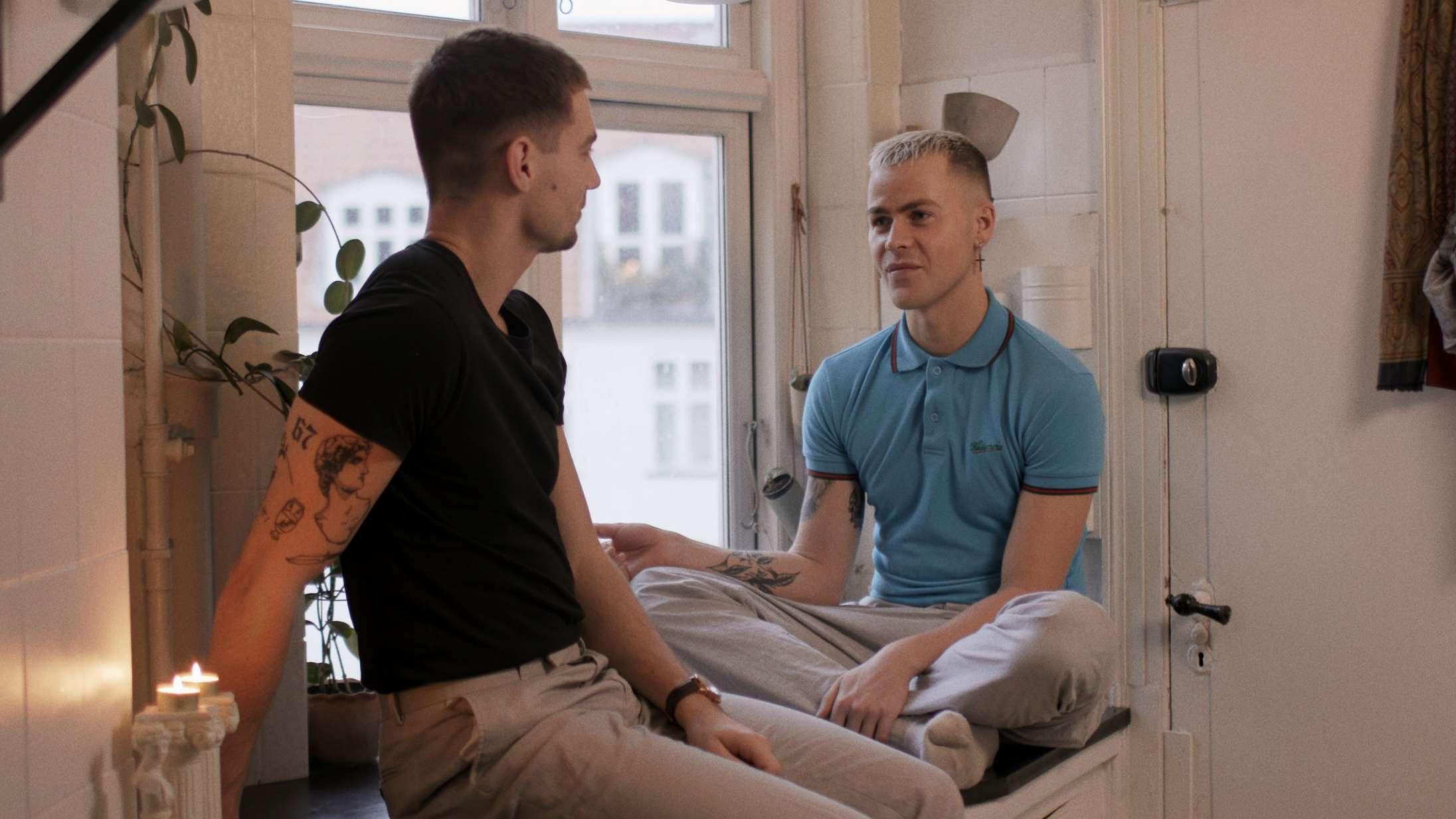 'Elsker, elsker ikke': Danske unge krænger kærlighedssorgerne ud i ny dokumentar