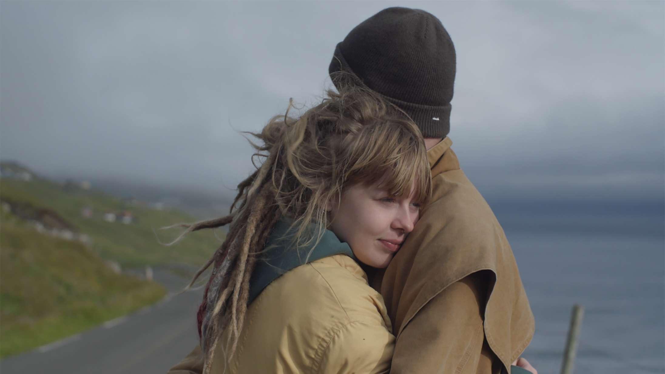 Ny film om tabuer og forelskelse på Færøerne: »Vi vil give Danias styrke videre til andre unge udsat for social kontrol«