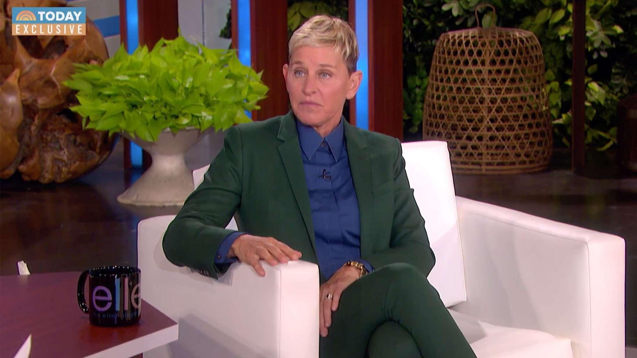 Ellen DeGeneres kalder anklagerne om giftigt arbejdsmiljø »orkestrerede« og »misogyne«