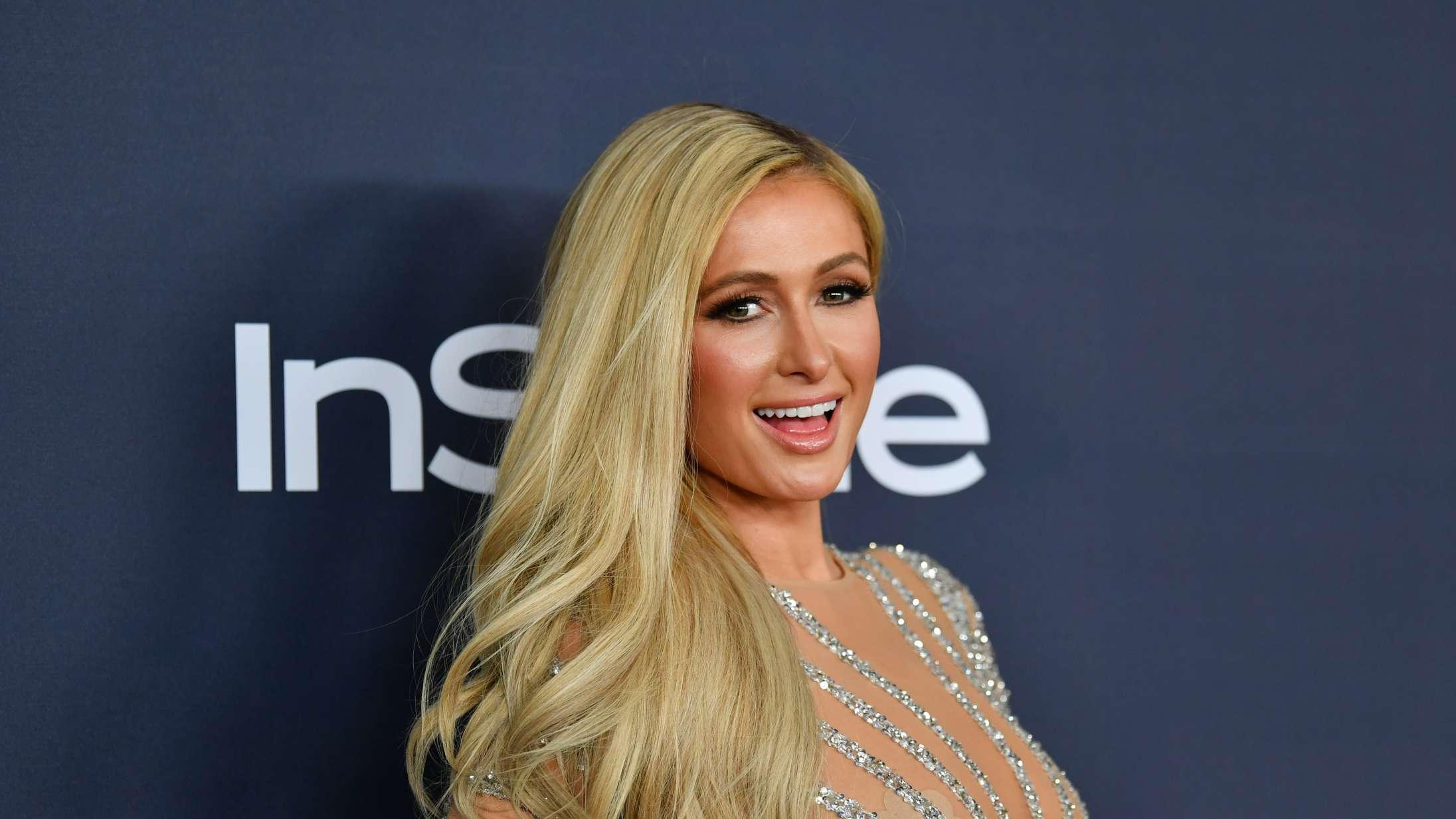Paris Hilton afliver ikonisk 'Stop Being Poor'-meme på TikTok