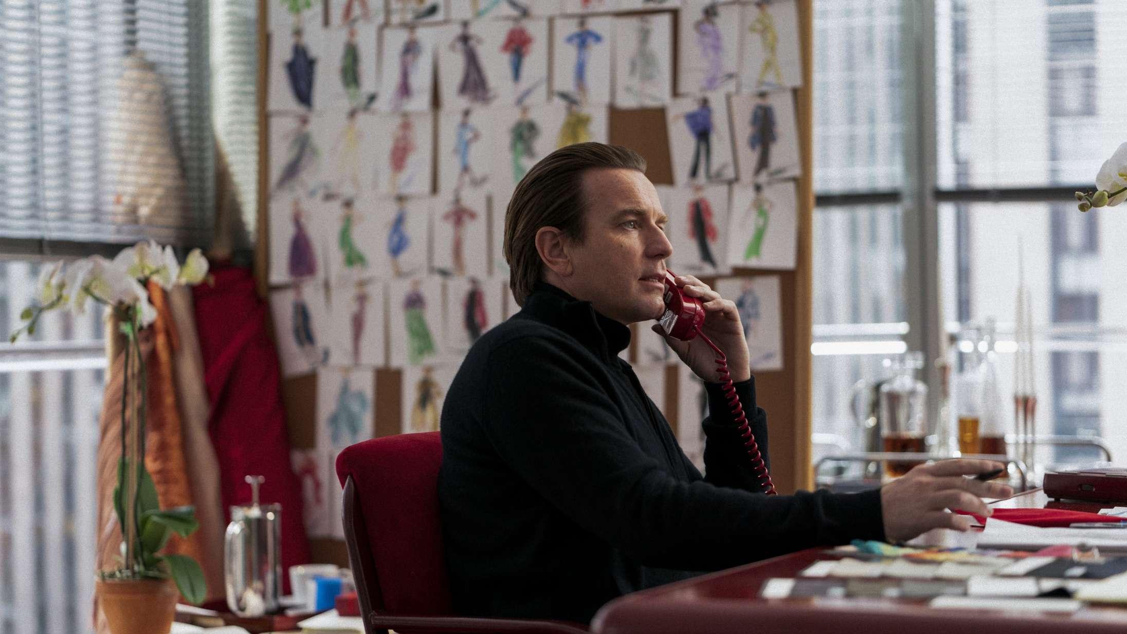 Ewan McGregor er ikonisk modedesigner i første trailer til Netflix-serien 'Halston'