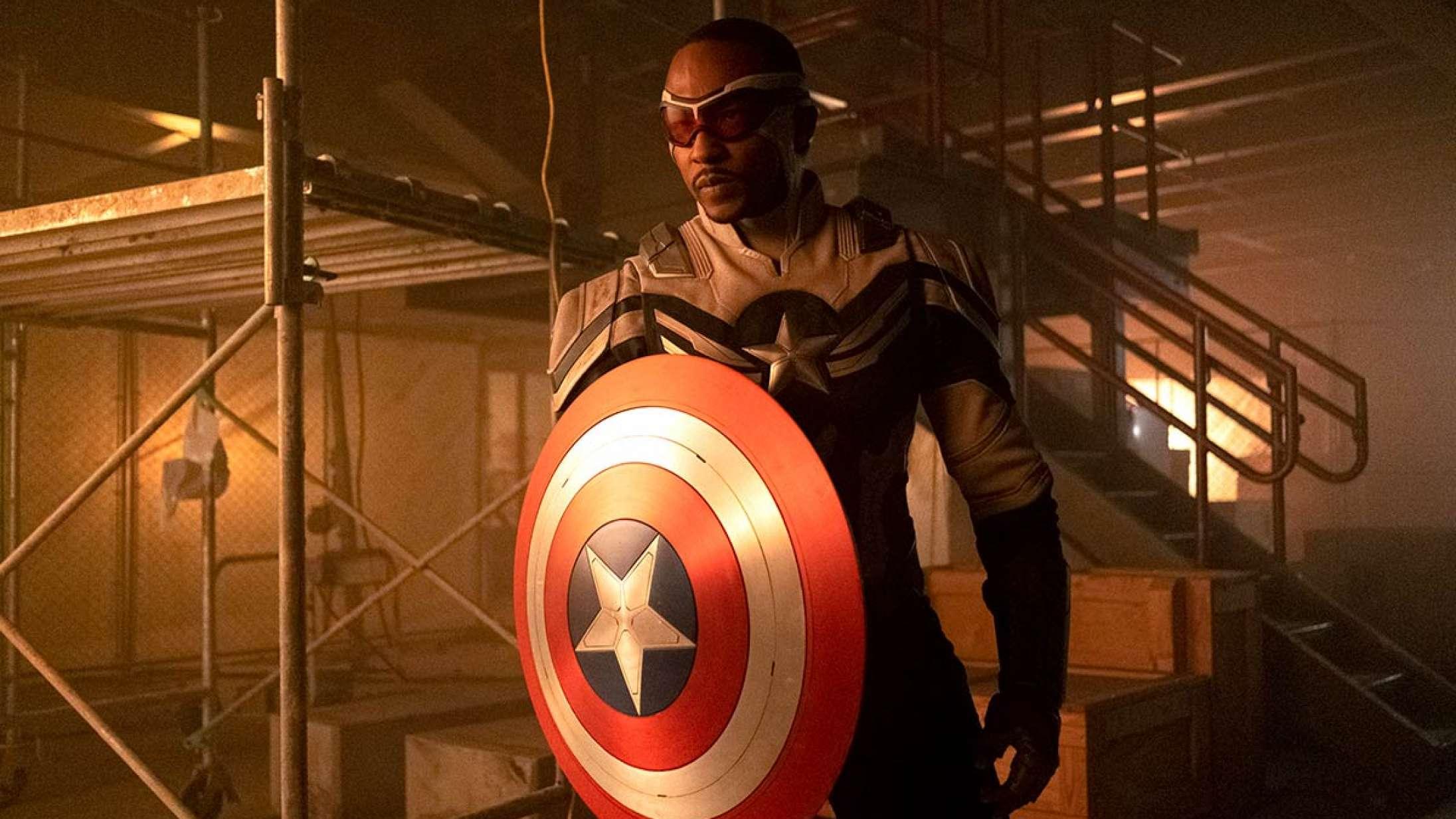 Den nye Captain America elsker dine fanteorier – så længe du ikke kalder ham queer