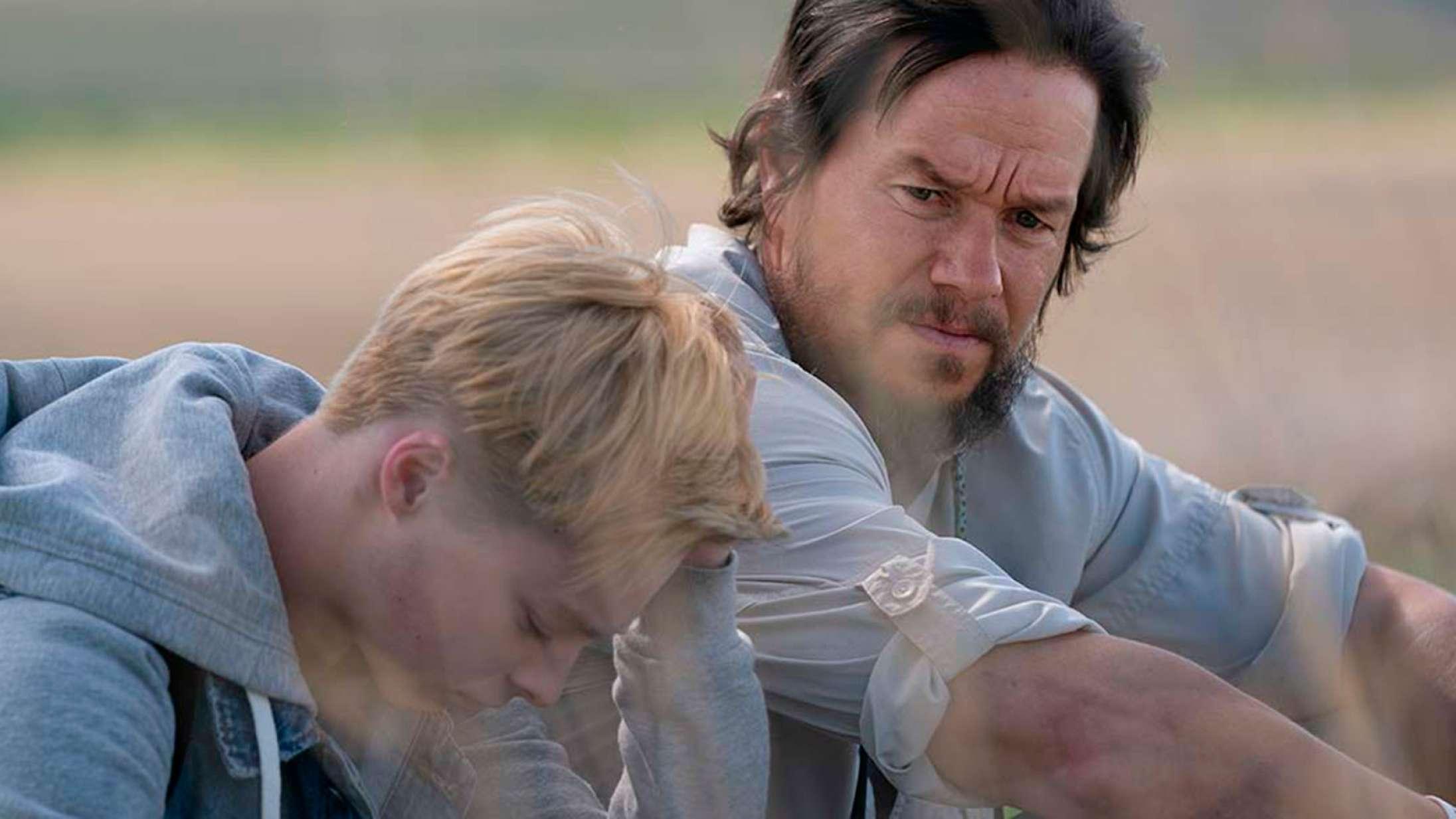 Mark Wahlberg går tværs over USA i storladent drama fra 'Brokeback Mountain'-duo – se traileren til 'Joe Bell'