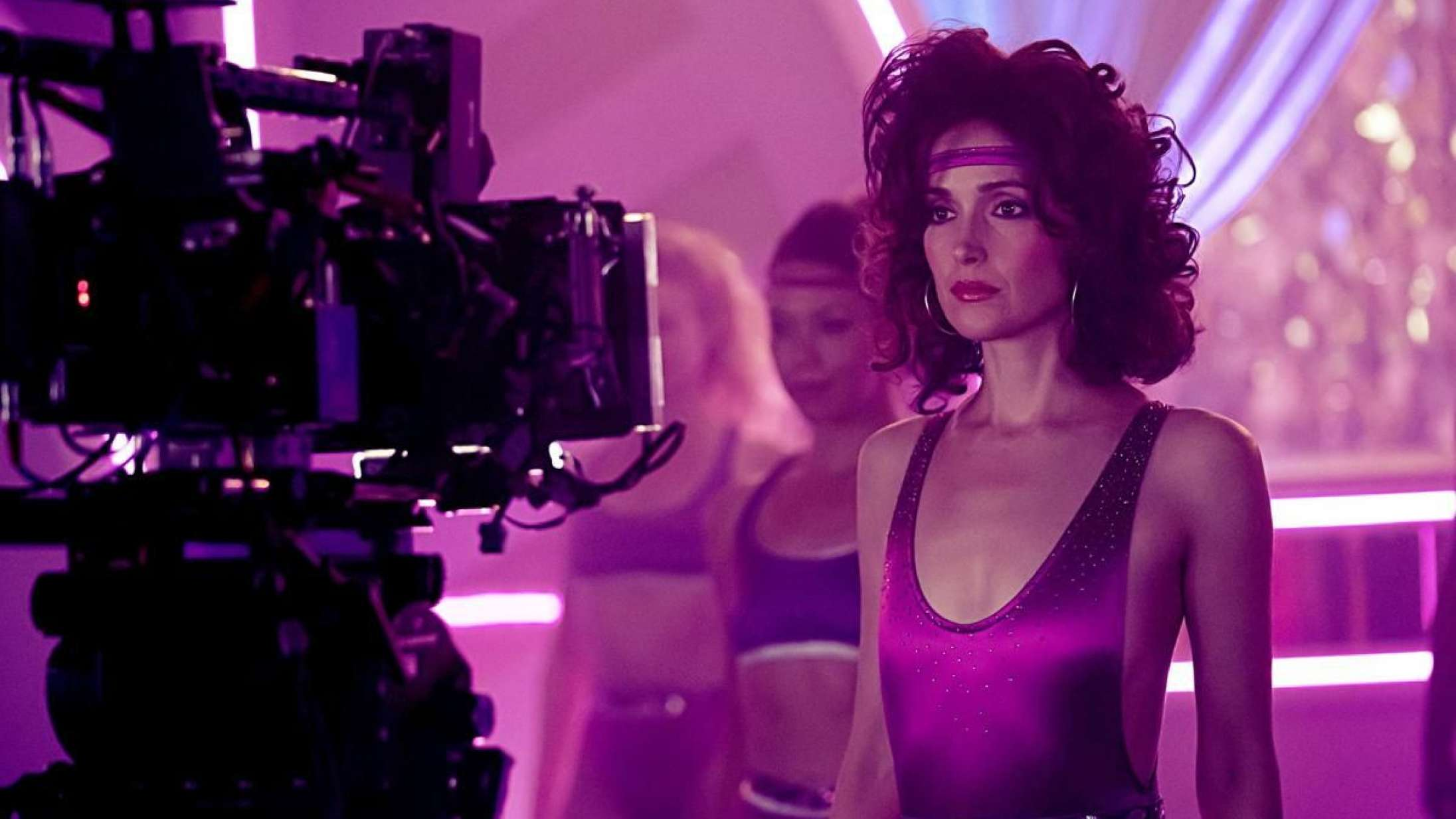 Lyt til Soundvenue Streamer: Geniale Rose Byrne er kontroversiel aerobics-gudinde i 'Physical'