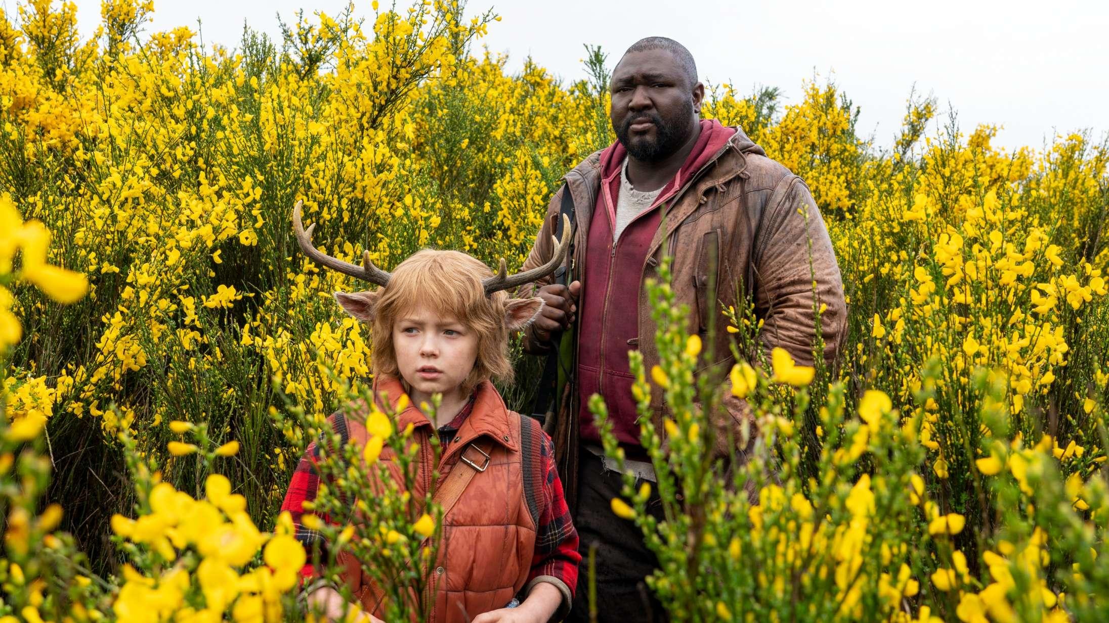 Halvårets største skuespillergennembrud: Fra bjørnen i 'Sweet Tooth' til knaldperlen i 'It's a Sin'