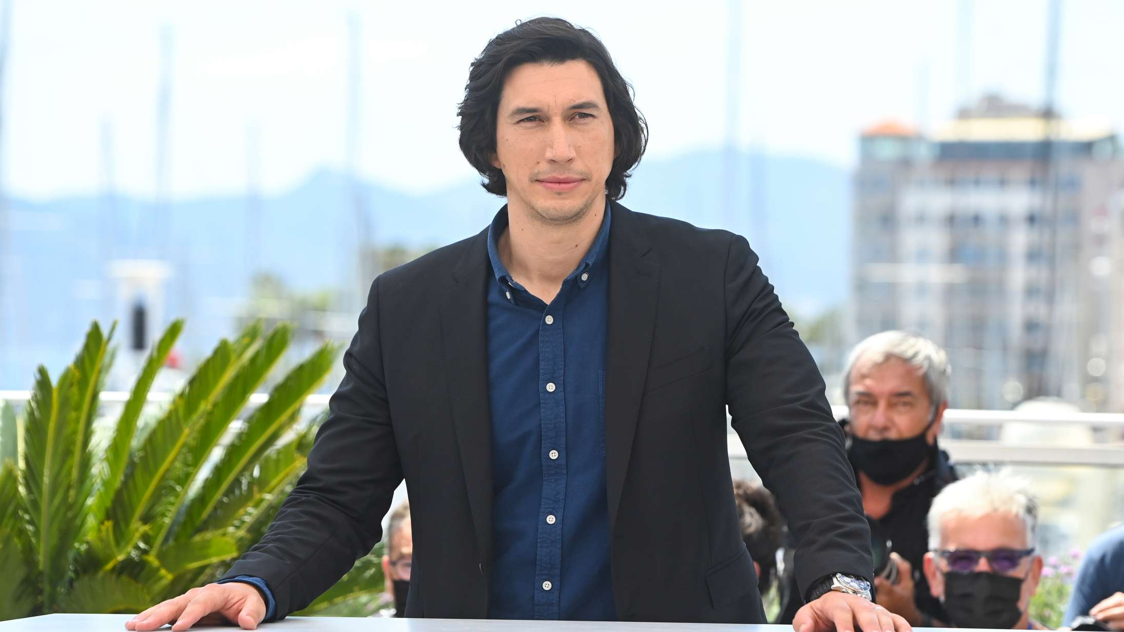 Cannes-highlights dag 1: Adam Driver som syngende standup-komiker? Så har man set det med