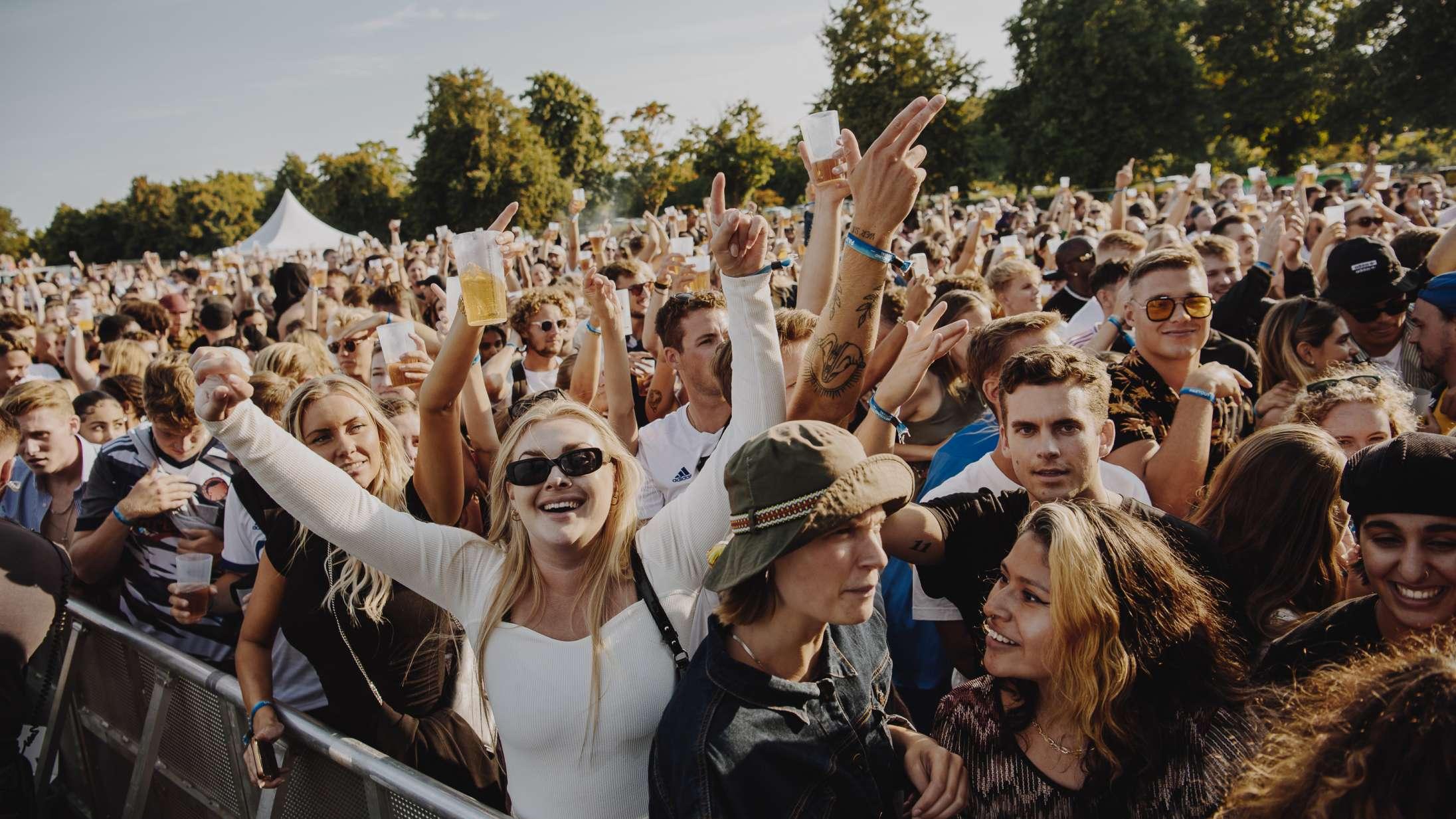 Se billeder: Der var ægte (!) festivalstemning, da ØreSound havde premiere med Tessa, B.O.C. og internationalt besøg