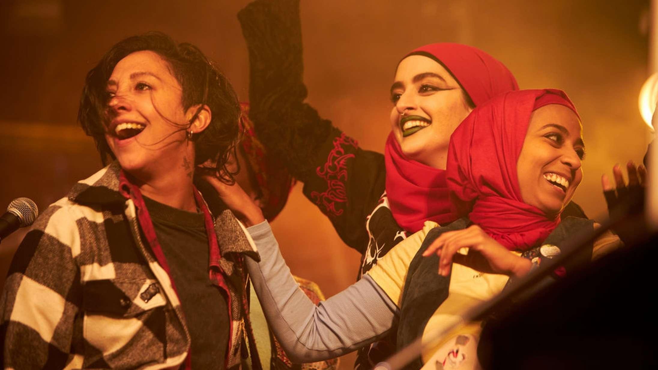 Lyt til Soundvenue Streamer: Muslimsk kvinde-punkband serverer månedens komedieserie