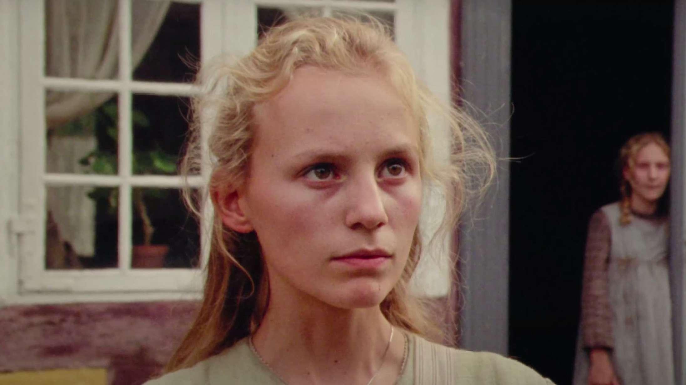 Dansk debutfilm sender ungt stortalent på stjernefart: Se traileren til 'Du som er i himlen'