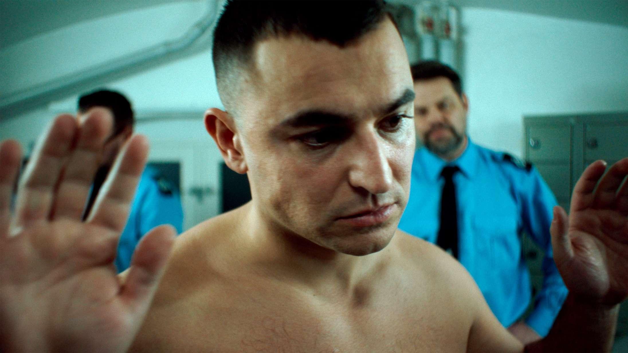 Babak Vakili brager igennem med ny DR-serie: »Jeg kan mærke, at min følelse resonerer hos rigtigt mange«