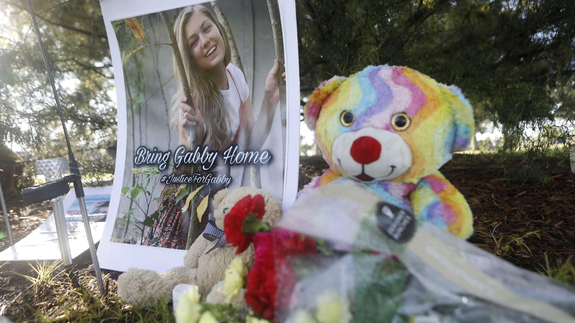 Mordet på en influencer førte til amatør-efterforskning på TikTok – men hvor går grænsen for true crime-fans online?