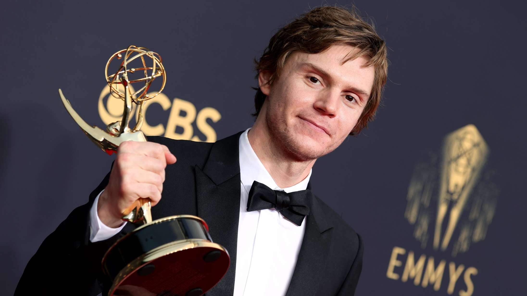 Emmy-vinder Evan Peters sendte stærk hyldest til Kate Winslet